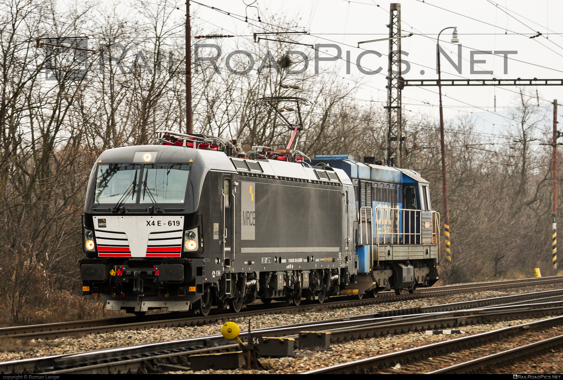 Siemens Vectron MS - 193 619-4 operated by Retrack Slovakia s. r. o. #dispolok #mitsuirailcapitaleurope #mitsuirailcapitaleuropegmbh #mrce #retrack #retrackslovakia #siemens #siemensvectron #siemensvectronms #vectron #vectronms