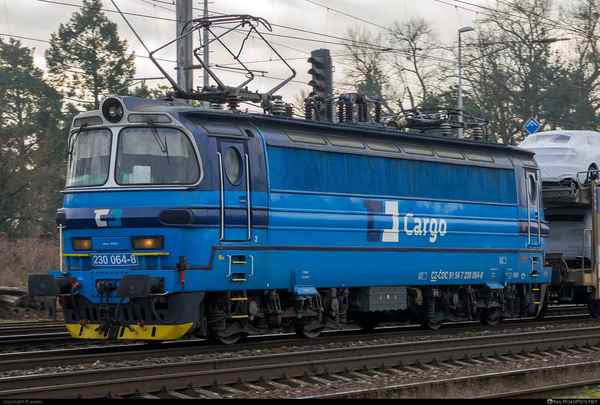 Škoda 47E - 230 064-8 operated by ČD Cargo, a.s. #cdcargo #laminatka #locomotive240 #skoda #skoda47e
