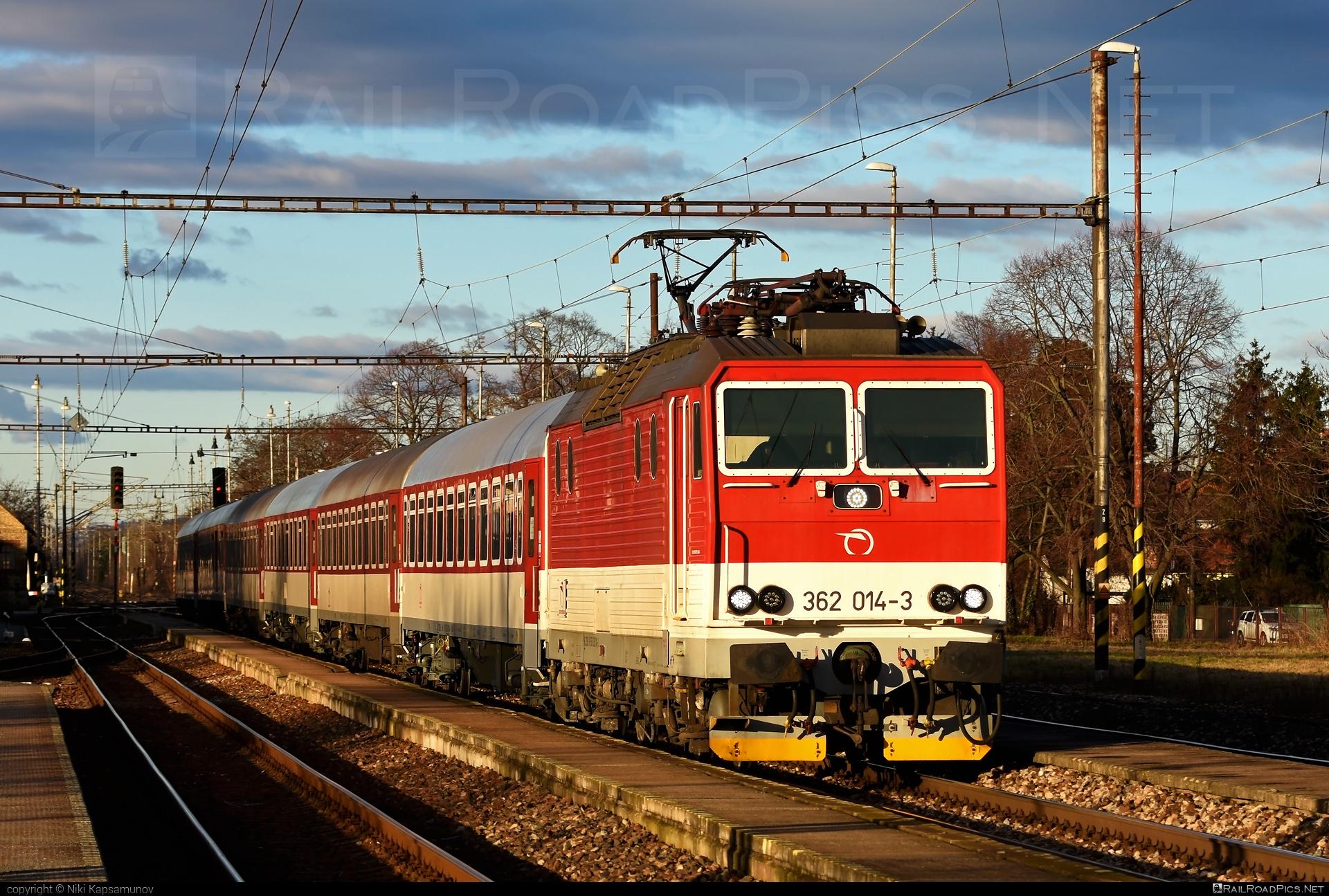Škoda 69Er - 362 014-3 operated by Železničná Spoločnost' Slovensko, a.s. #ZeleznicnaSpolocnostSlovensko #eso #locomotive362 #rychleeso #skoda #skoda69er #zssk