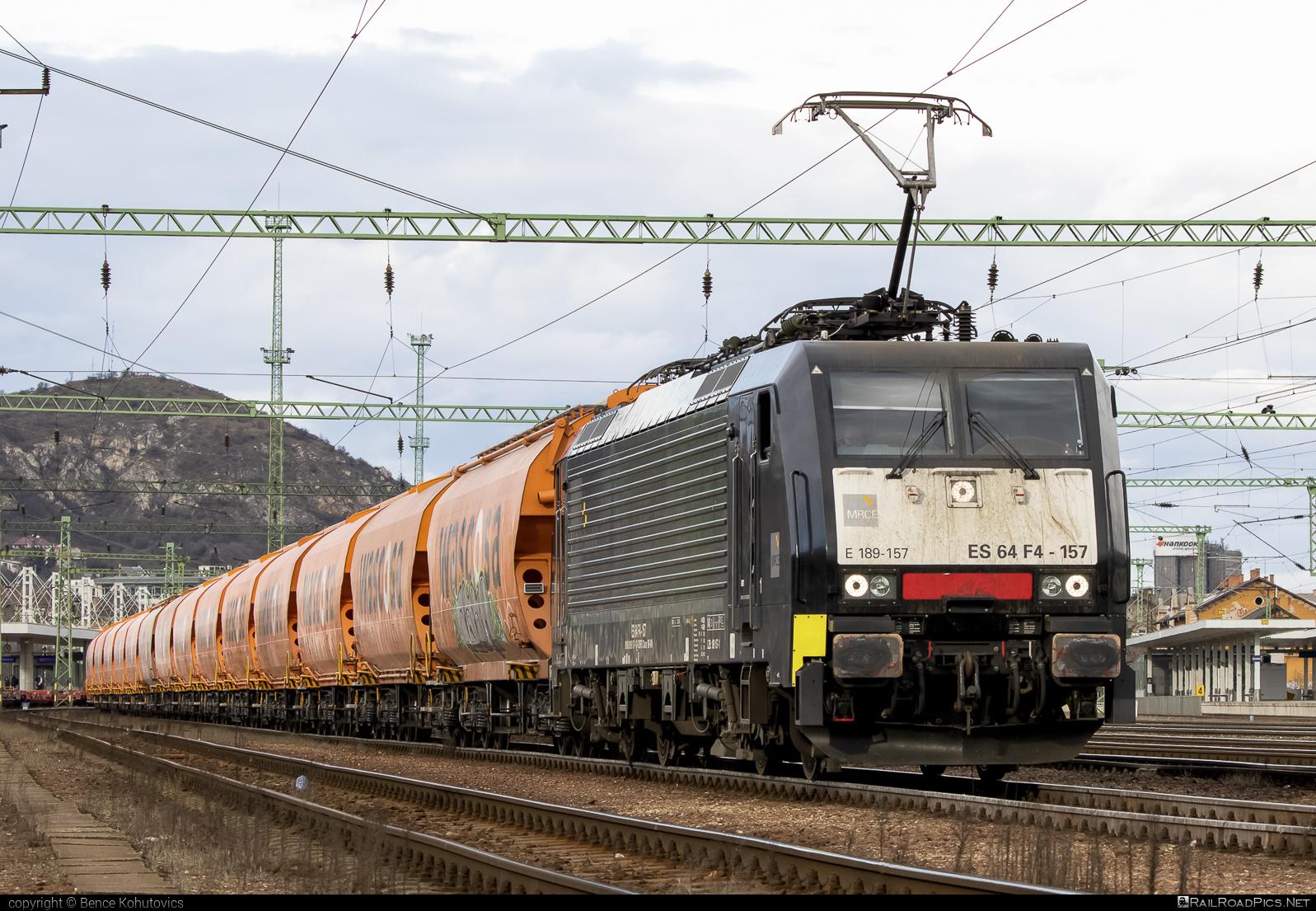 Siemens ES 64 F4 - 189 157-1 operated by Retrack Slovakia s. r. o. #dispolok #es64 #es64f4 #eurosprinter #hopperwagon #mitsuirailcapitaleurope #mitsuirailcapitaleuropegmbh #mrce #retrack #retrackslovakia #siemens #siemenses64 #siemenses64f4 #wascosa