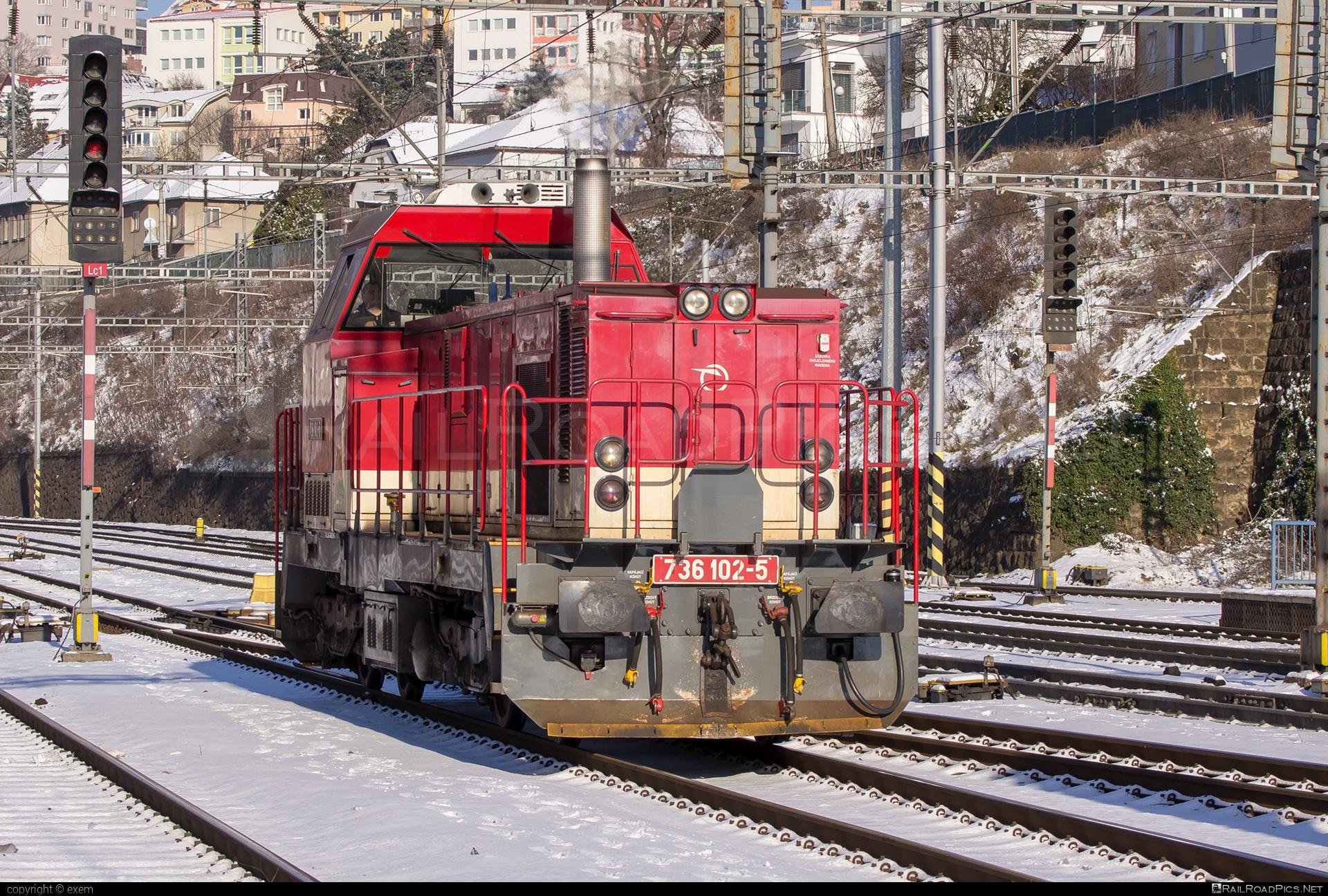 ŽOS Zvolen Class 736 - 736 102-5 operated by Železničná Spoločnost' Slovensko, a.s. #ZeleznicnaSpolocnostSlovensko #locomotive736 #zoszvolen #zoszvolen736 #zssk