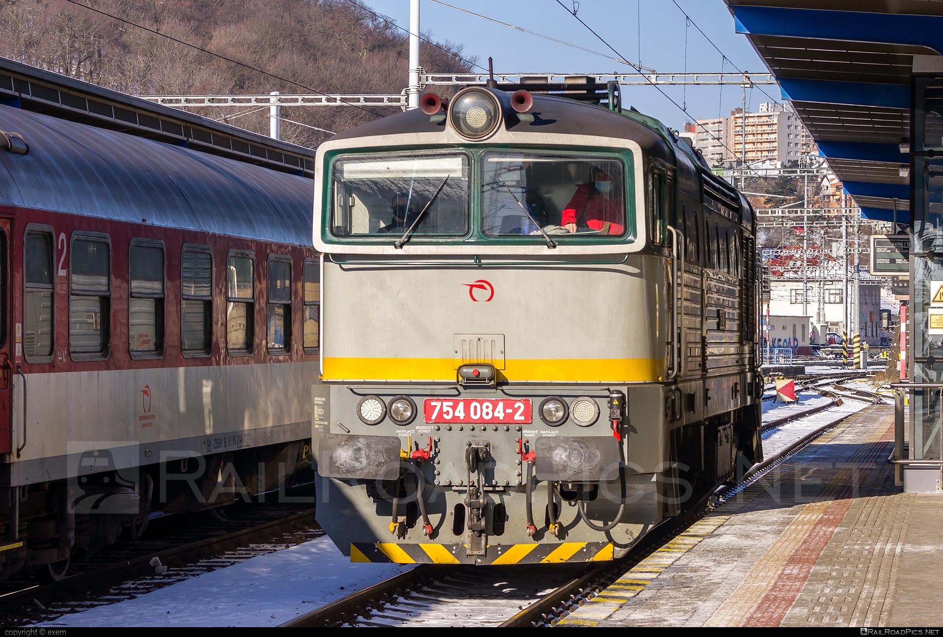ČKD T 478.4 (754) - 754 084-2 operated by Železničná Spoločnost' Slovensko, a.s. #ZeleznicnaSpolocnostSlovensko #brejlovec #ckd #ckd4784 #ckd754 #ckdt4784 #lokomotiva754 #okuliarnik #zssk