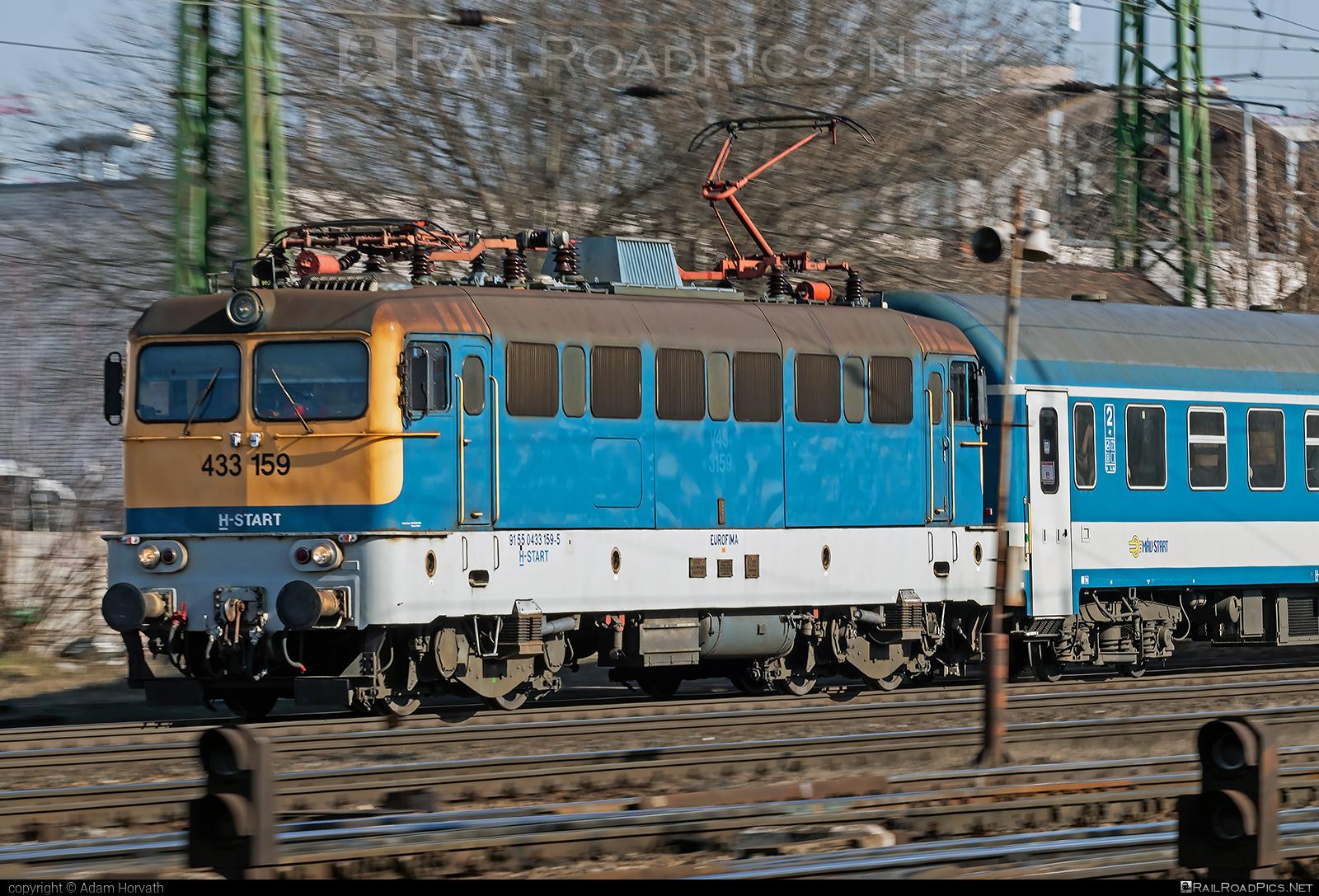 Ganz-MÁVAG VM14-14 - 433 159 operated by MÁV-START ZRt. #ganz43 #ganz431 #ganzmavag #ganzmavag43 #ganzmavag431 #ganzmavagvm1414 #mavstart #mavstartzrt #v43locomotive