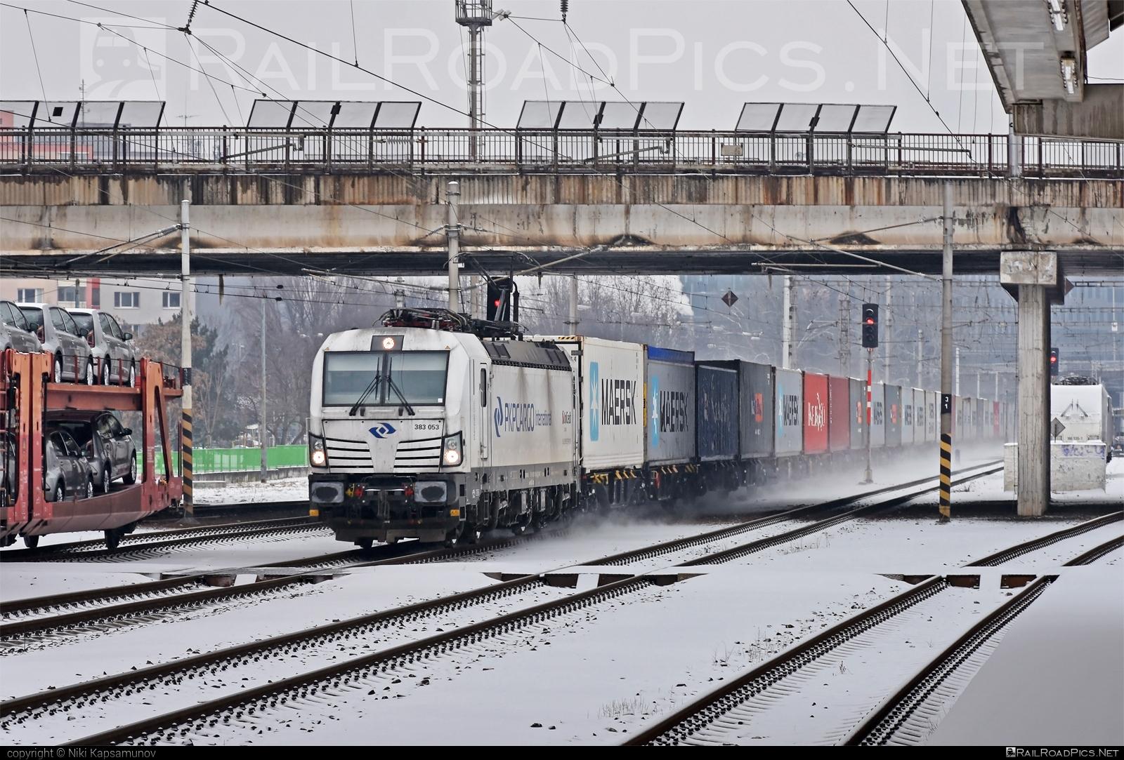 Siemens Vectron MS - 383 053 operated by PKP CARGO INTERNATIONAL a.s. #flatwagon #pkpcargointernational #pkpcargointernationalas #siemens #siemensvectron #siemensvectronms #vectron #vectronms