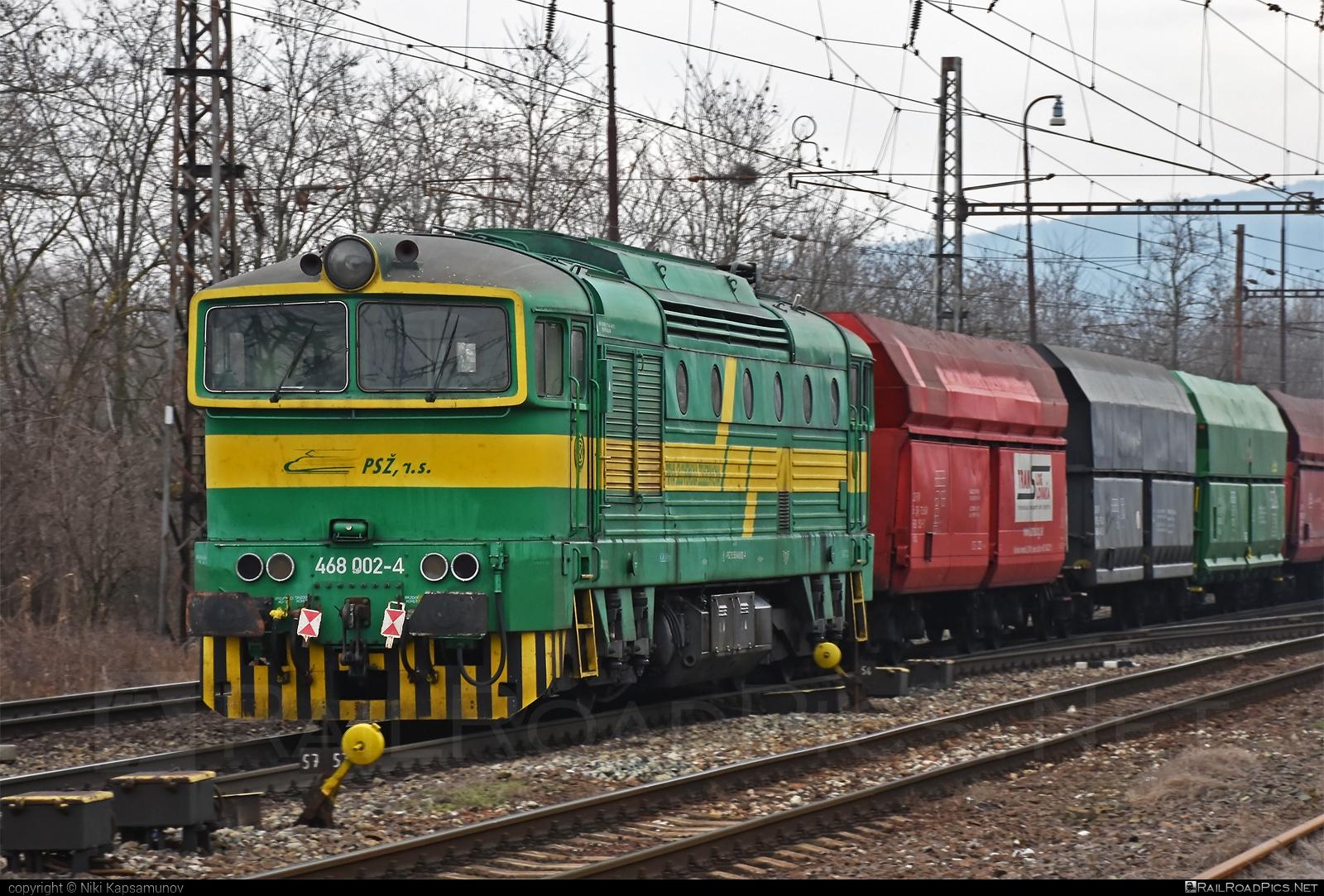 ČKD T 478.3 (753) - 468 002-4 operated by Prvá Slovenská železničná, a.s. #brejlovec #ckd #ckdclass753 #ckdt4783 #hopperwagon #locomotive753 #okuliarnik #prvaslovenskazeleznicna #prvaslovenskazeleznicnaas #psz