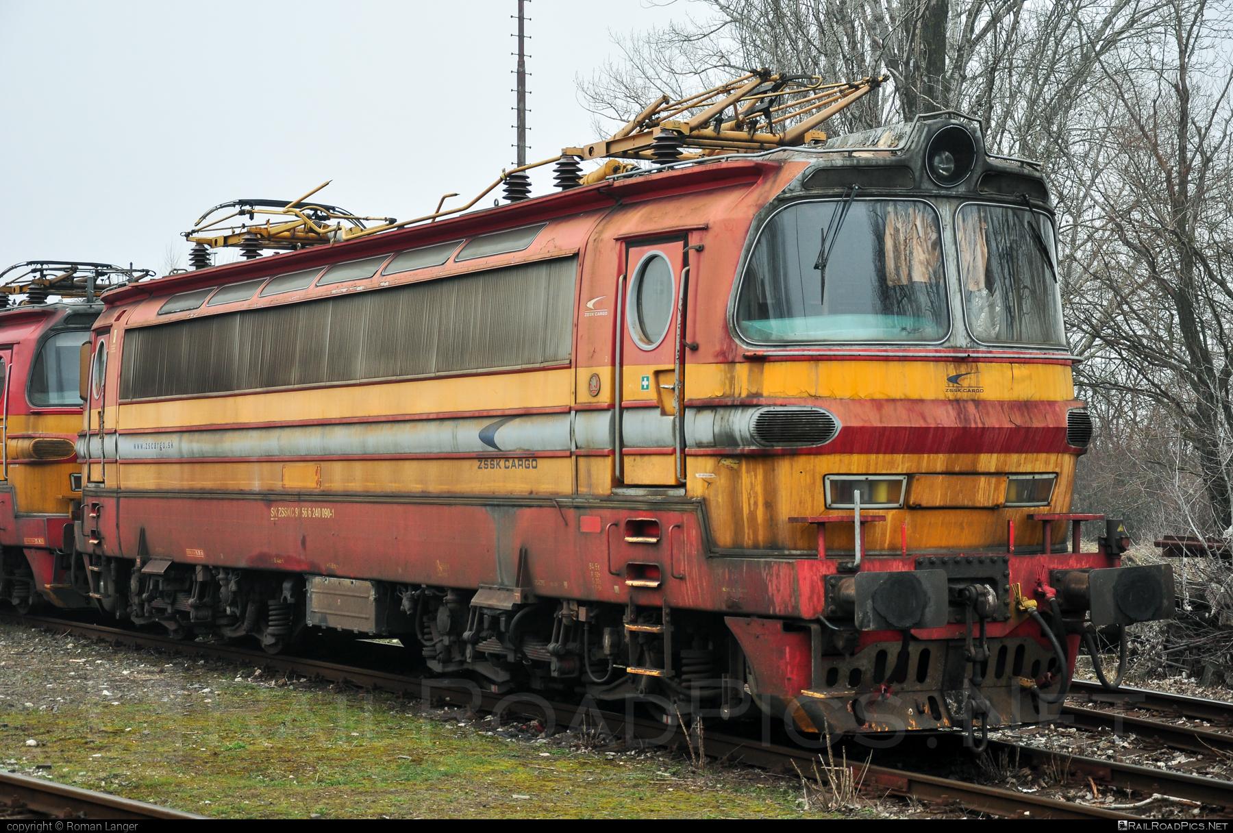 Škoda 47E - 240 090-1 operated by Železničná Spoločnost' Cargo Slovakia a.s. #ZeleznicnaSpolocnostCargoSlovakia #laminatka #locomotive240 #skoda #skoda47e #zsskcargo