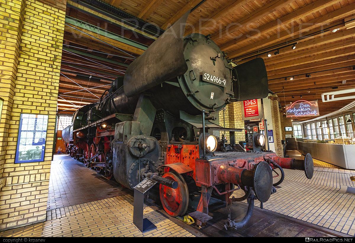Berliner Maschinenbau AG vormals L. Schwartzkopff DRB Class 52 - 52 4966-9 operated by Deutsche Reichsbahn #BerlinerMaschinenbauAG #DeutscheReichsbahn #DeutscheReichsbahnDR #bmag #bmag52 #drb52