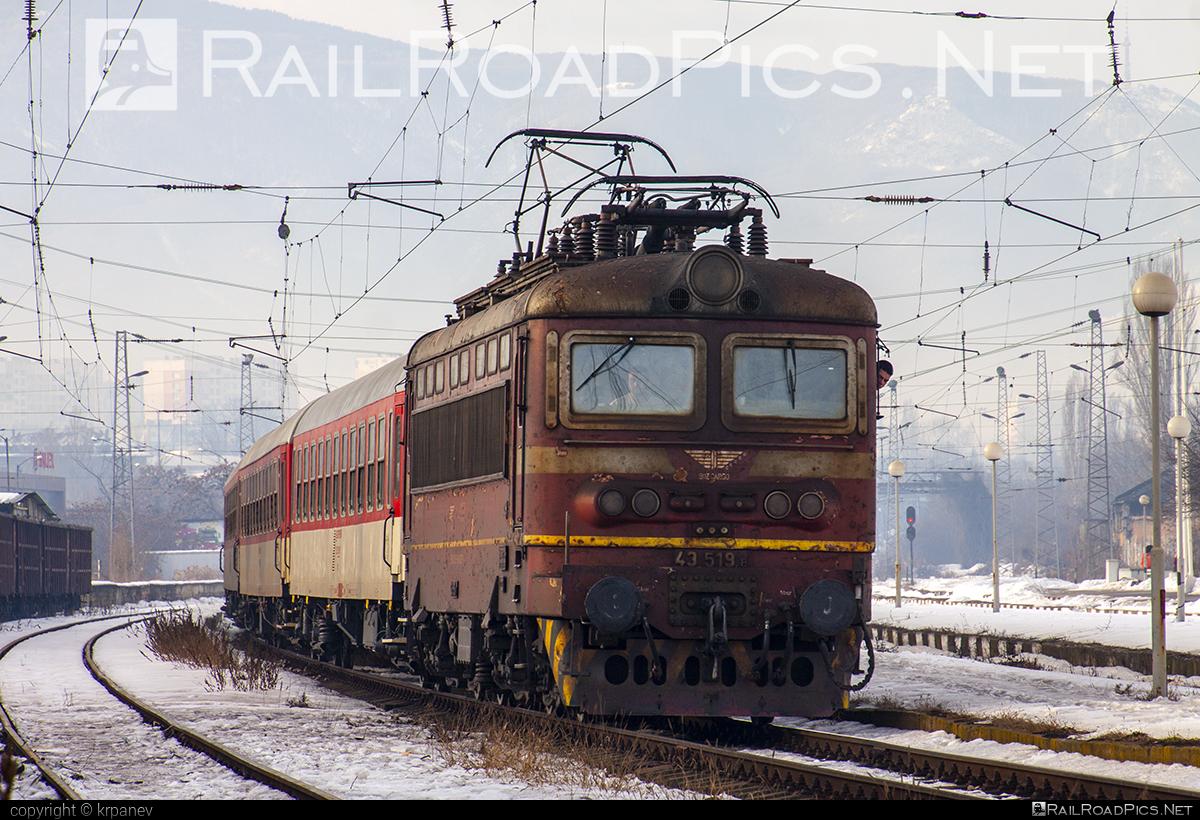 Škoda 64E - 43 519.8 operated by БДЖ - Товарни превози ЕOOД (БДЖTП) #BDZclass43 #plechac #skoda #skoda64e