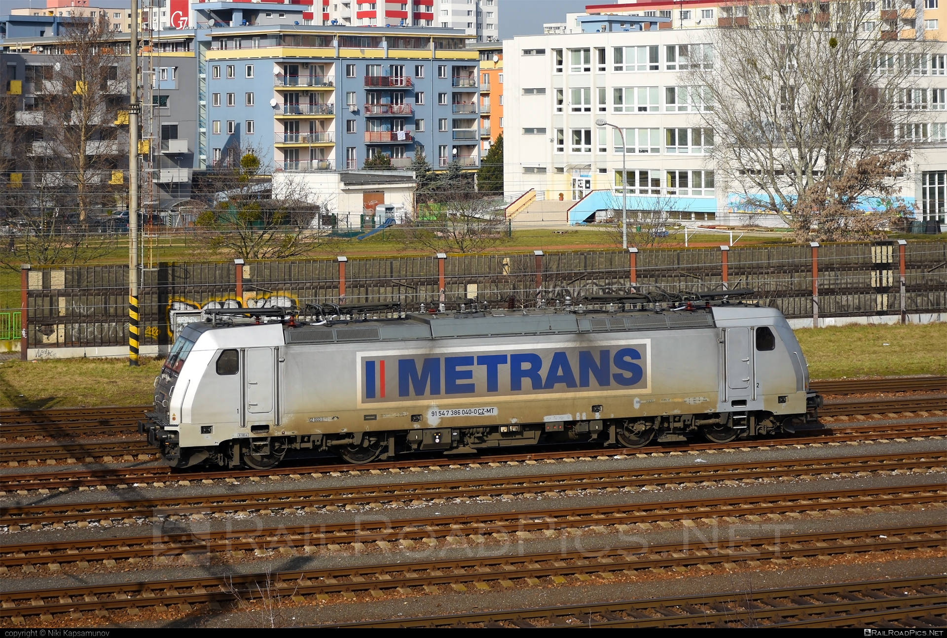 Bombardier TRAXX F140 MS - 386 040-0 operated by METRANS Rail s.r.o. #bombardier #bombardiertraxx #hhla #metrans #metransrail #traxx #traxxf140 #traxxf140ms