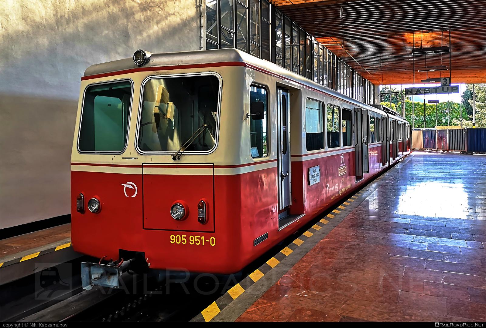 SLM Class 905.95 - 905 951-0 operated by Železničná Spoločnost' Slovensko, a.s. #ZeleznicnaSpolocnostSlovensko #brownboveri #cog #cograilway #hightatrascogtrain #ozubnica #ozubnicovazeleznica #schweizerischelokomotivundmaschinenfabrik #slm #slm90595 #swisslocomotiveandmachineworks #zssk #zssk905 #zssk90595 #zubacka