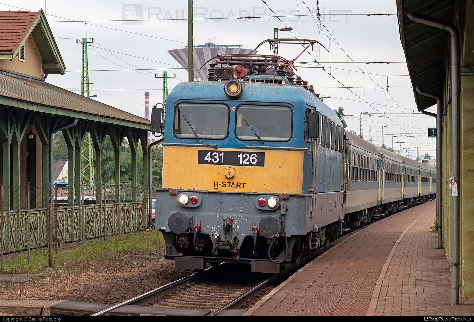Ganz-MÁVAG VM14-12 - 431 126 operated by MÁV-START ZRt. #ganz43 #ganz431 #ganzmavag #ganzmavag43 #ganzmavag431 #ganzmavagvm1412 #mavstart #mavstartzrt #v43locomotive