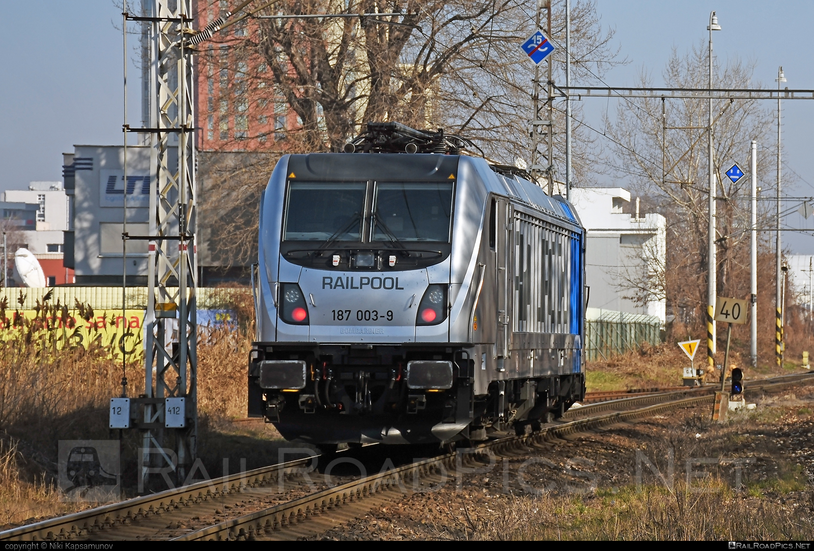 Bombardier TRAXX F160 AC3 - 187 003-9 operated by ČD Cargo, a.s. #bombardier #bombardiertraxx #cdcargo #cdcargoniederlassungwien #railpool #railpoolgmbh #traxx #traxxf160 #traxxf160ac #traxxf160ac3