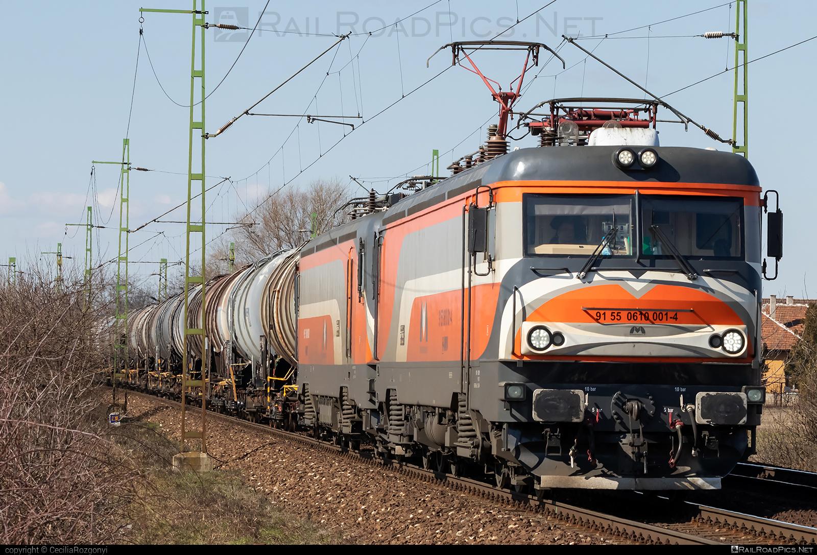 Softronic Transmontana - 610 001-4 operated by Magyar Magánvasút ZRt. #kesselwagen #mmv #softronic #softronictransmontana #tankwagon #transmontana