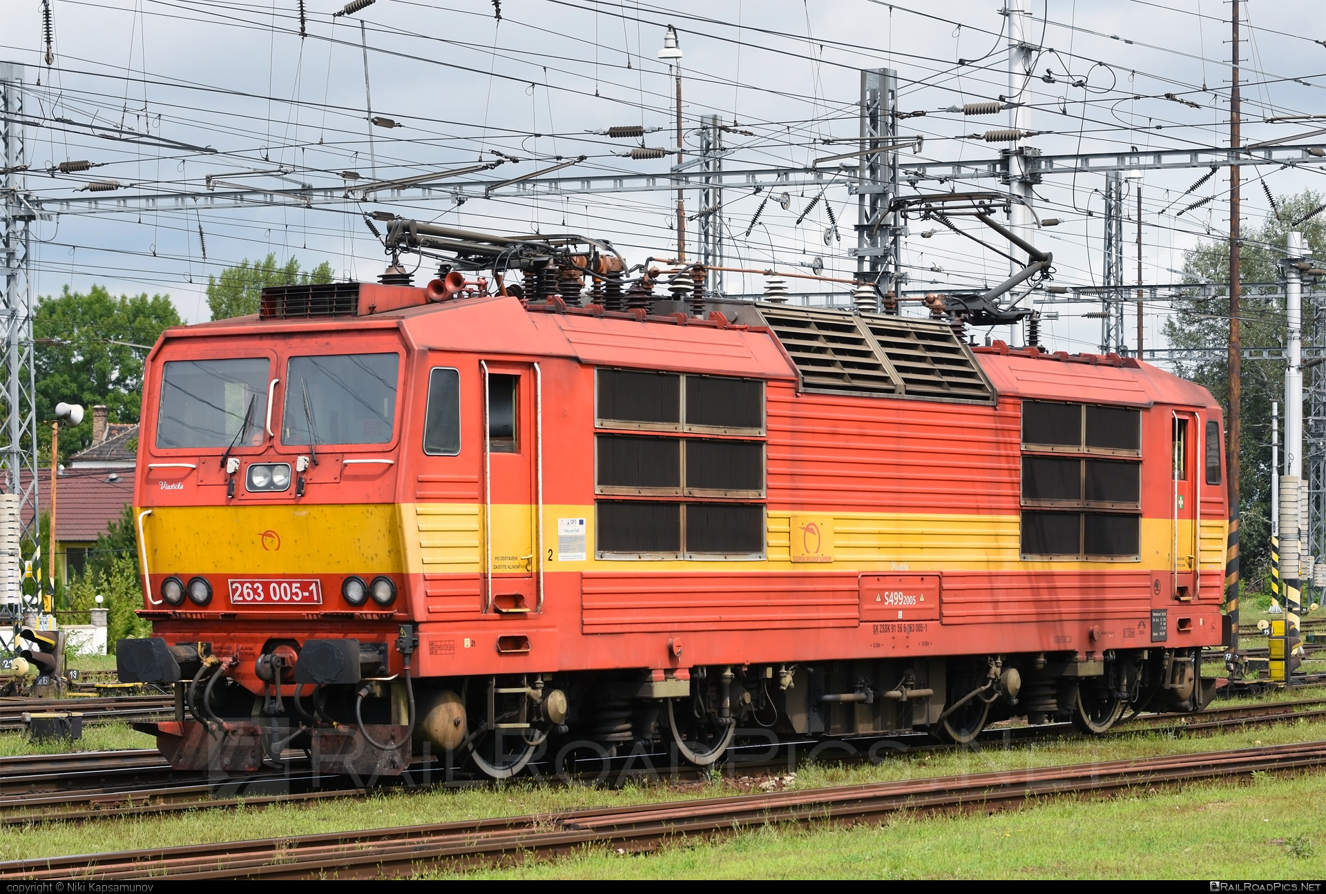 Škoda 70E - 263 005-1 operated by Železničná Spoločnost' Slovensko, a.s. #ZeleznicnaSpolocnostSlovensko #locomotive263 #princezna #skoda #skoda70e #zssk