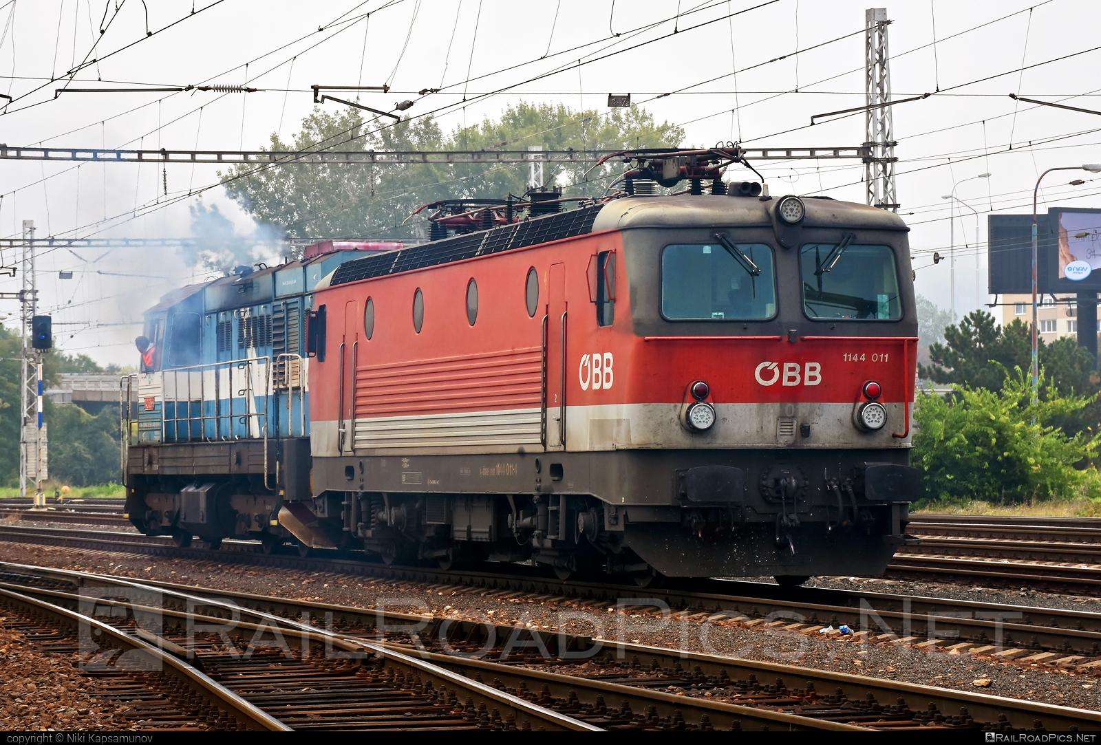 SGP ÖBB Class 1144 - 1144 011 operated by Rail Cargo Austria AG #obb #obbclass1144 #osterreichischebundesbahnen #sgp #sgp1144 #simmeringgrazpauker