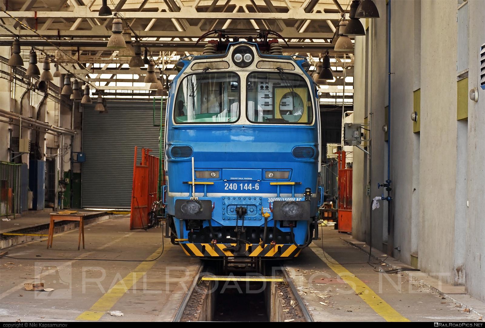 Škoda 47E - 240 144-6 operated by Railtrans International, s.r.o #RailtransInternational #laminatka #locomotive240 #rti #skoda #skoda47e