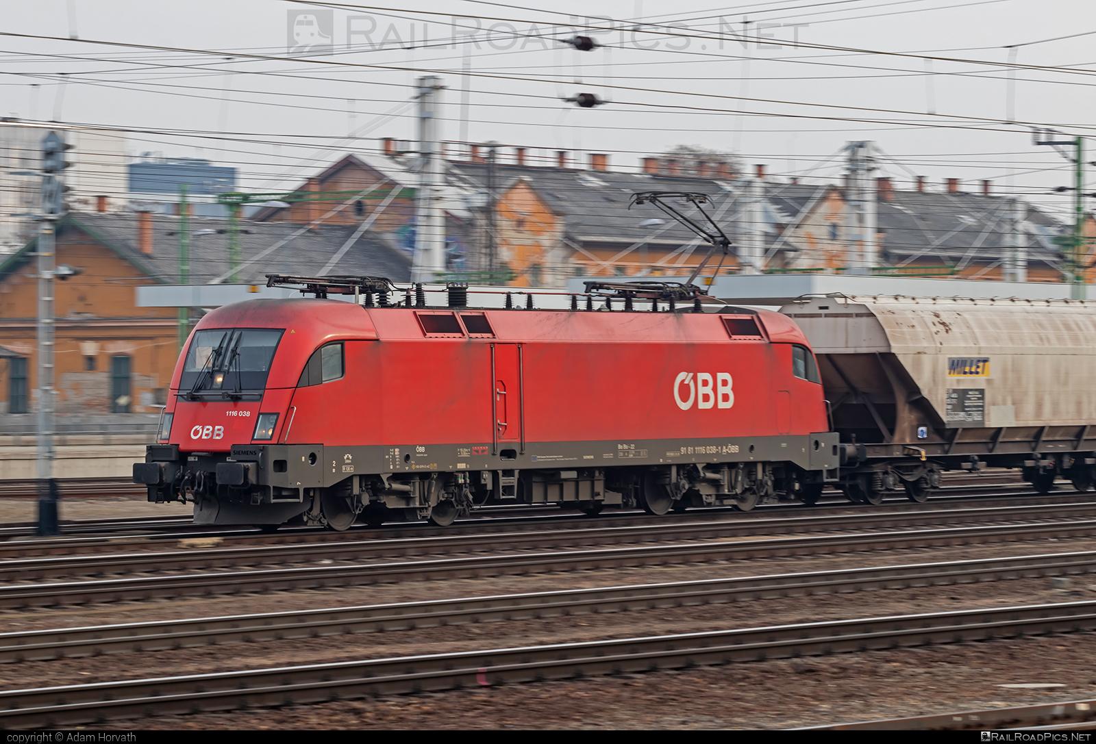 Siemens ES 64 U2 - 1116 038 operated by Rail Cargo Hungaria ZRt. #es64 #es64u #es64u2 #eurosprinter #hopperwagon #obb #osterreichischebundesbahnen #rch #siemens #siemenses64 #siemenses64u #siemenses64u2 #siemenstaurus #taurus #tauruslocomotive