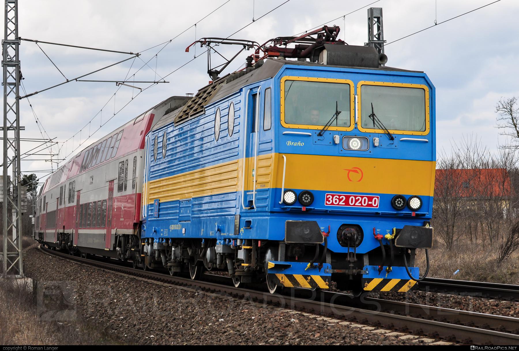 Škoda 69Er - 362 020-0 operated by Železničná Spoločnost' Slovensko, a.s. #ZeleznicnaSpolocnostSlovensko #eso #locomotive362 #rychleeso #skoda #skoda69er #zssk