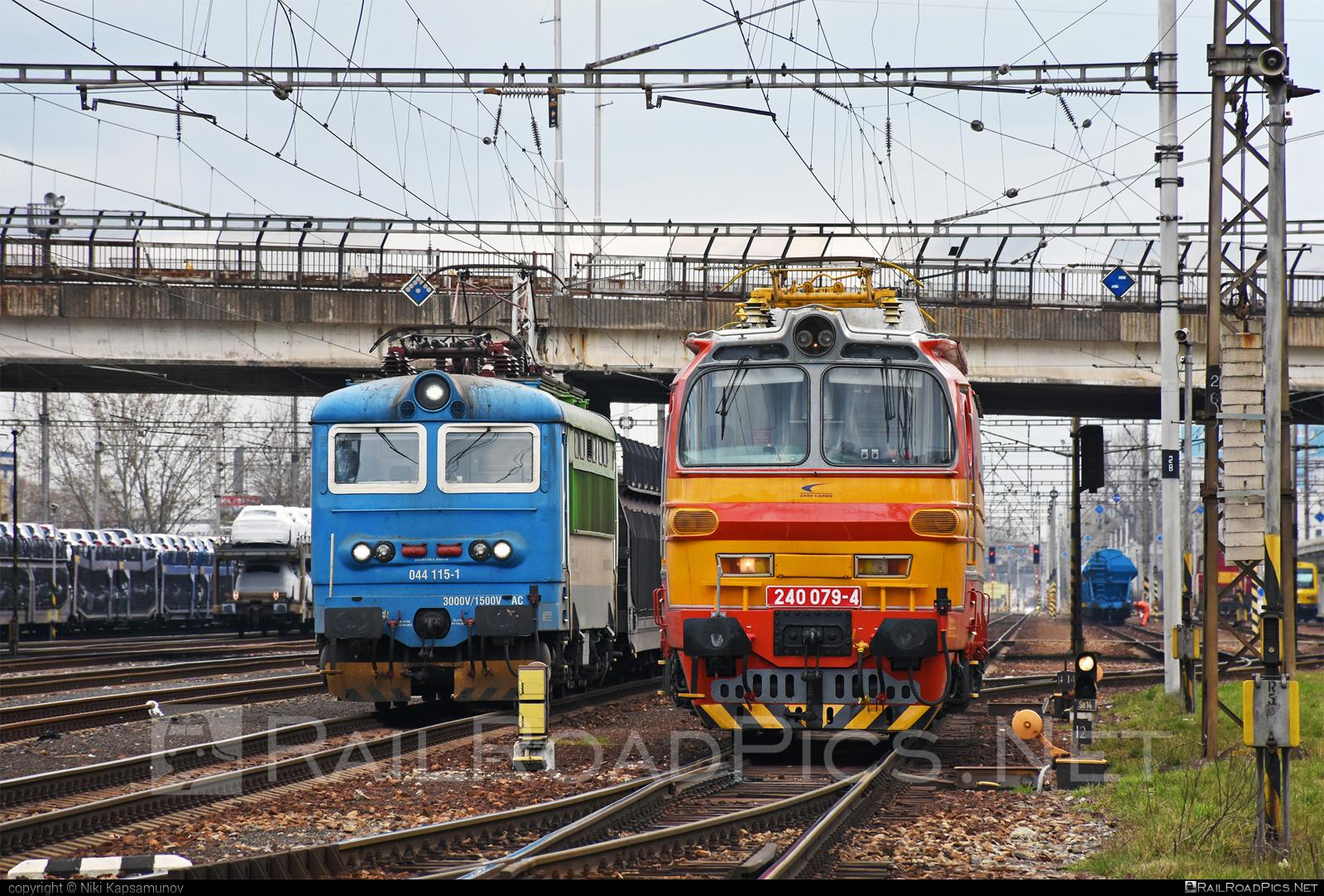Škoda 47E - 240 079-4 operated by Železničná Spoločnost' Cargo Slovakia a.s. #ZeleznicnaSpolocnostCargoSlovakia #ZeleznicnaSpolocnostSlovensko #laminatka #locomotive240 #skoda #skoda47e #zssk #zsskcargo