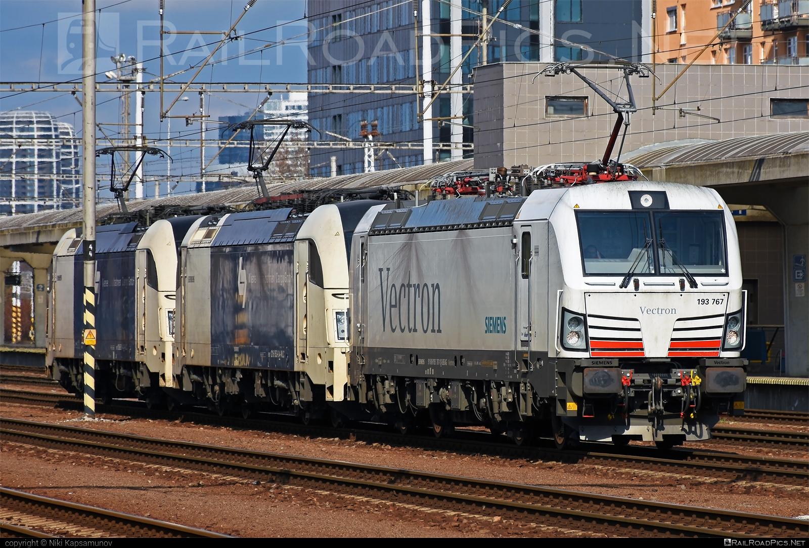 Siemens Vectron MS - 193 767 operated by Wiener Lokalbahnen Cargo GmbH #SiemensMobility #SiemensMobilityGmbH #siemens #siemensvectron #siemensvectronms #vectron #vectronms #wienerlokalbahnencargo #wienerlokalbahnencargogmbh #wlc