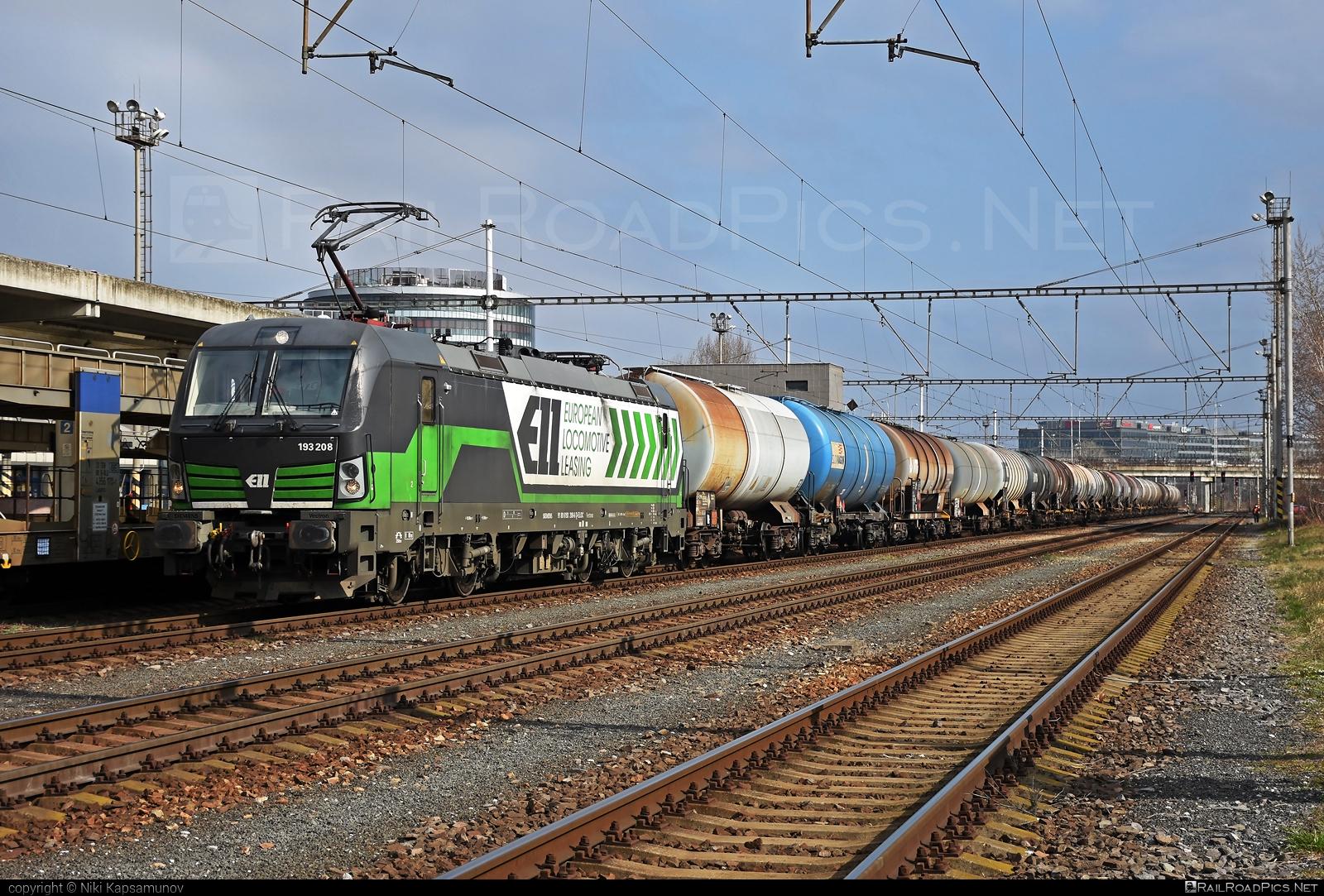 Siemens Vectron AC - 193 208 operated by FRACHTbahn Traktion GmbH #ell #ellgermany #eloc #europeanlocomotiveleasing #frachtbahn #frachtbahntraktion #frachtbahntraktiongmbh #kesselwagen #siemens #siemensvectron #siemensvectronac #tankwagon #vectron #vectronac