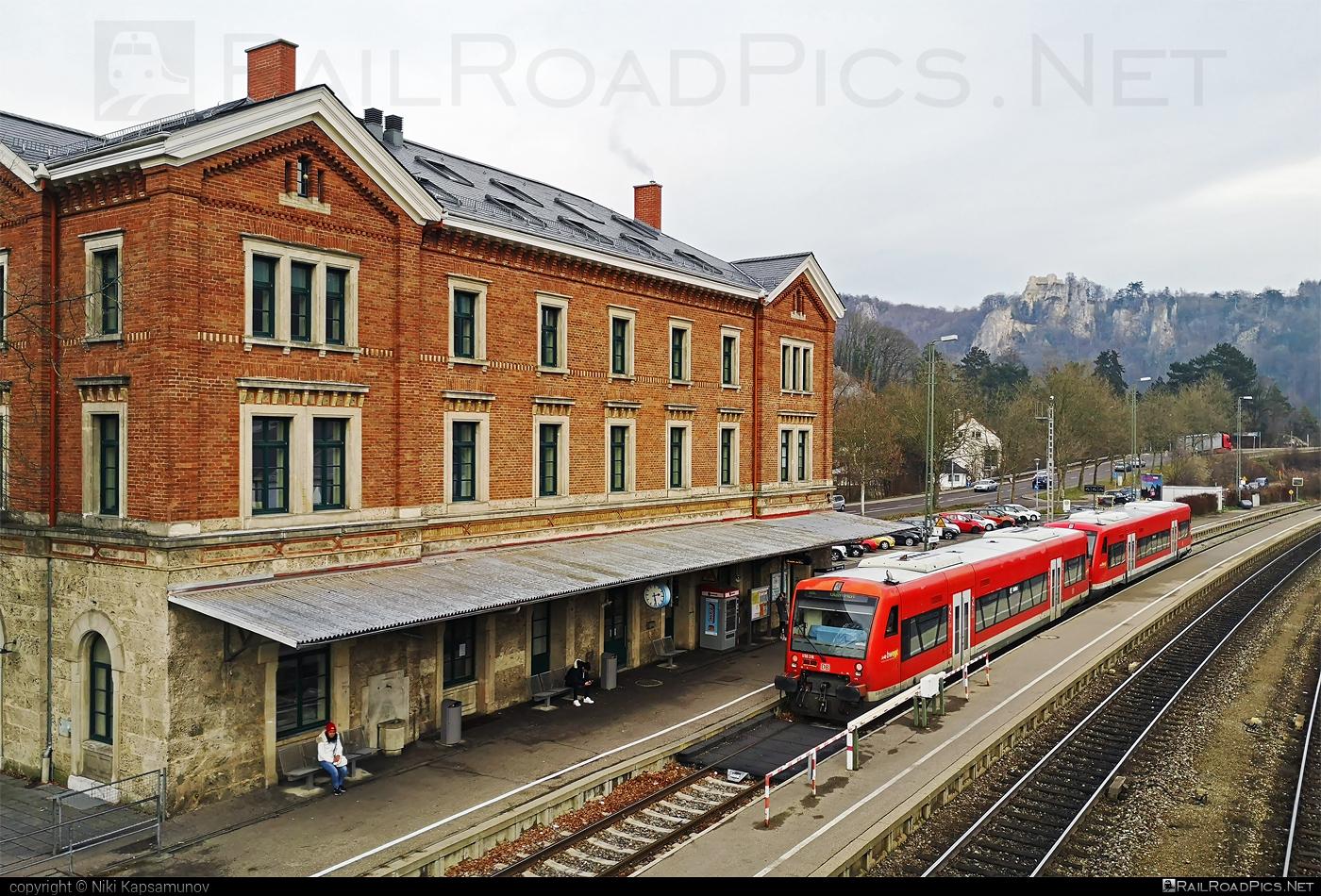 Stadler Regio-Shuttle RS1 - 650 316 operated by Deutsche Bahn / DB AG #db #deutschebahn #regioshuttlers1 #stadler #stadlerrail #stadlerrailag #stadlerregioshuttlers1