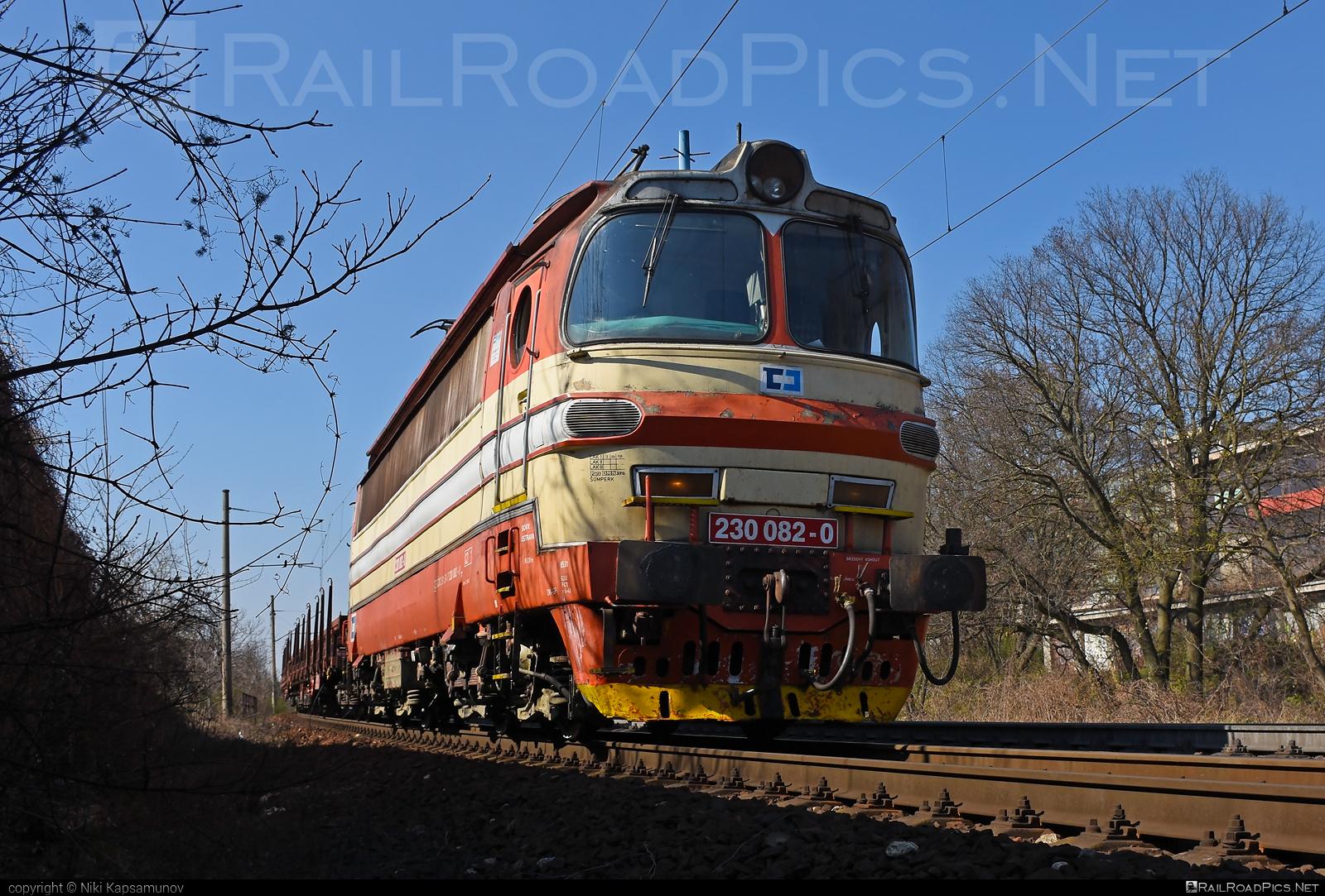 Škoda 47E - 230 082-0 operated by ČD Cargo, a.s. #cdcargo #laminatka #locomotive240 #skoda #skoda47e