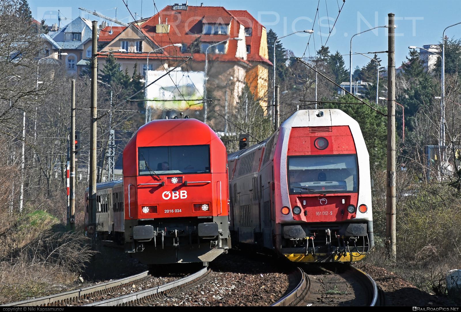 Siemens ER20 - 2016 034 operated by Österreichische Bundesbahnen #er20 #er20hercules #eurorunner #hercules #obb #osterreichischebundesbahnen #siemens #siemenser20 #siemenser20hercules #siemenseurorunner #siemenshercules