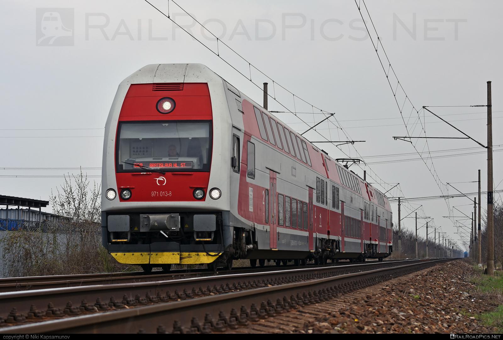 Škoda 4Ev - 971 013-8 operated by Železničná Spoločnost' Slovensko, a.s. #ZeleznicnaSpolocnostSlovensko #emu671 #skoda #skoda4ev #skodaclass671 #zssk