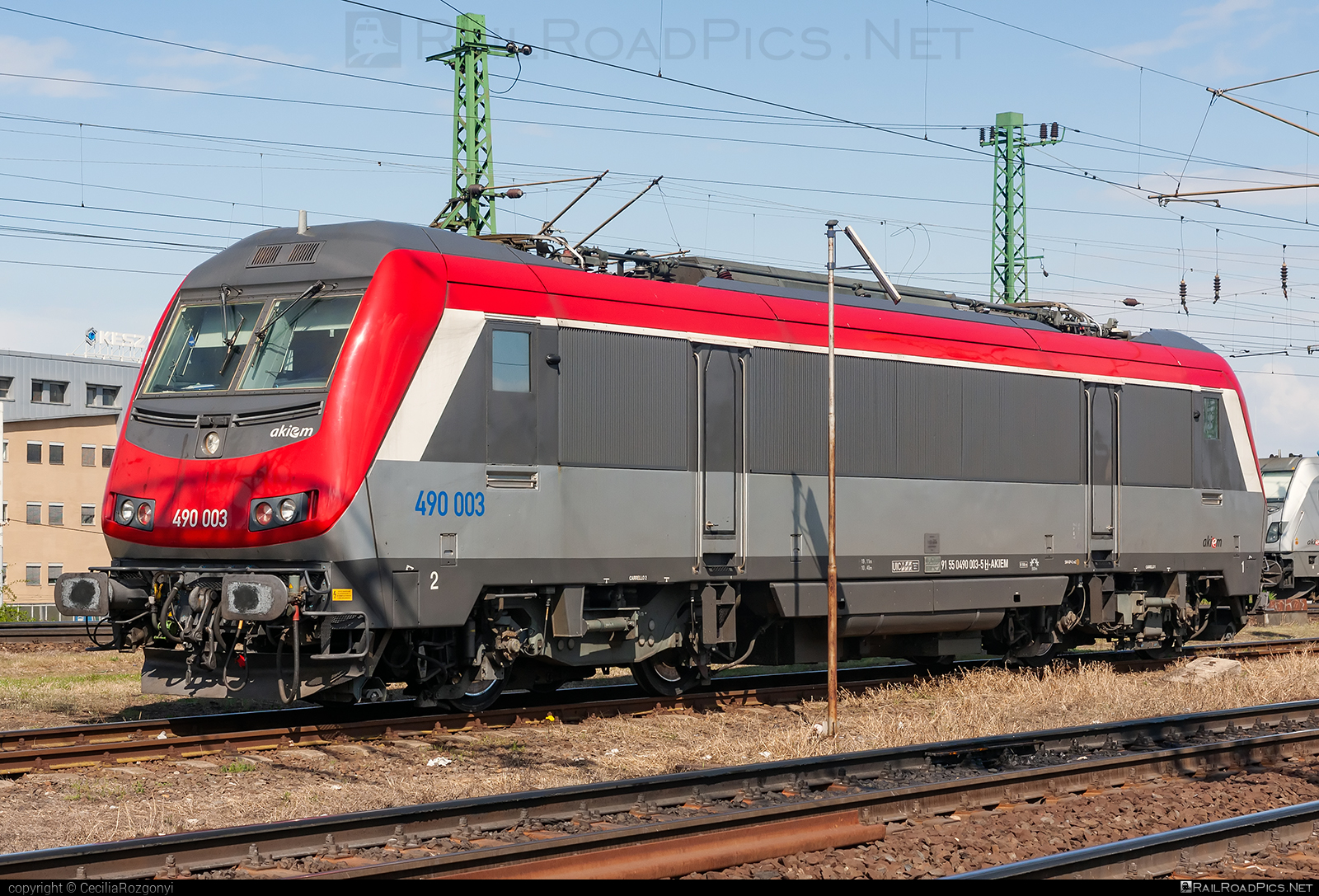 GEC Alsthom SNCF Class BB 36000 `Astride` - 490 003 operated by Akiem SAS #akiem #akiemsas #alstom #alstomAstride #alstomBB36000 #bb36000 #bb36000astride #gecAlsthomAstride #gecAlsthomBB36000 #gecalsthom