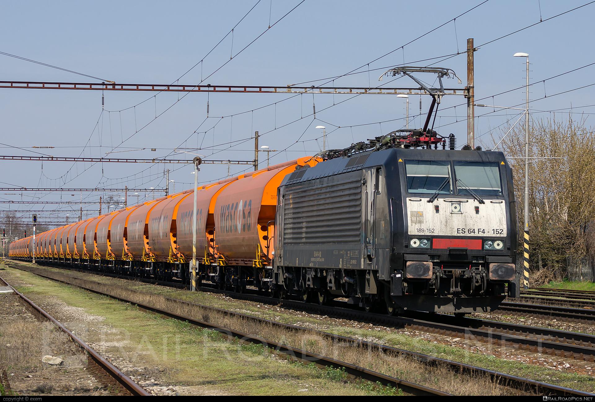 Siemens ES 64 F4 - 189 152-2 operated by Retrack Slovakia s. r. o. #dispolok #es64 #es64f4 #eurosprinter #hopperwagon #mitsuirailcapitaleurope #mitsuirailcapitaleuropegmbh #mrce #retrack #retrackslovakia #siemens #siemenses64 #siemenses64f4 #wascosa