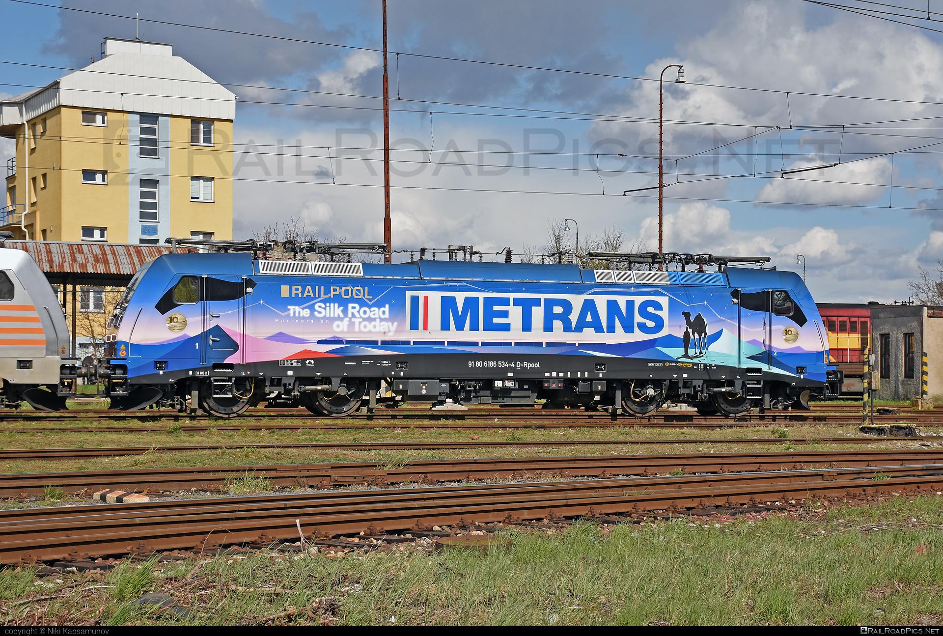 Bombardier TRAXX F140 MS - 186 534-4 operated by METRANS Rail (Deutchland) GmbH #bombardier #bombardiertraxx #hhla #metrans #metransraildeutschland #railpool #railpoolgmbh #traxx #traxxf140 #traxxf140ms