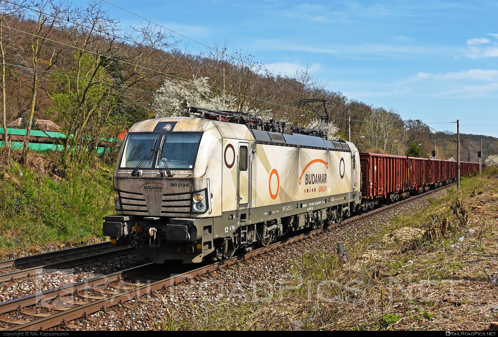 Siemens Vectron MS - 383 213-6 operated by LOKORAIL, a.s. #budamar #lokorail #lrl #siemens #siemensvectron #siemensvectronms #slovenskaplavbaapristavy #slovenskaplavbaapristavyas #spap #vectron #vectronms