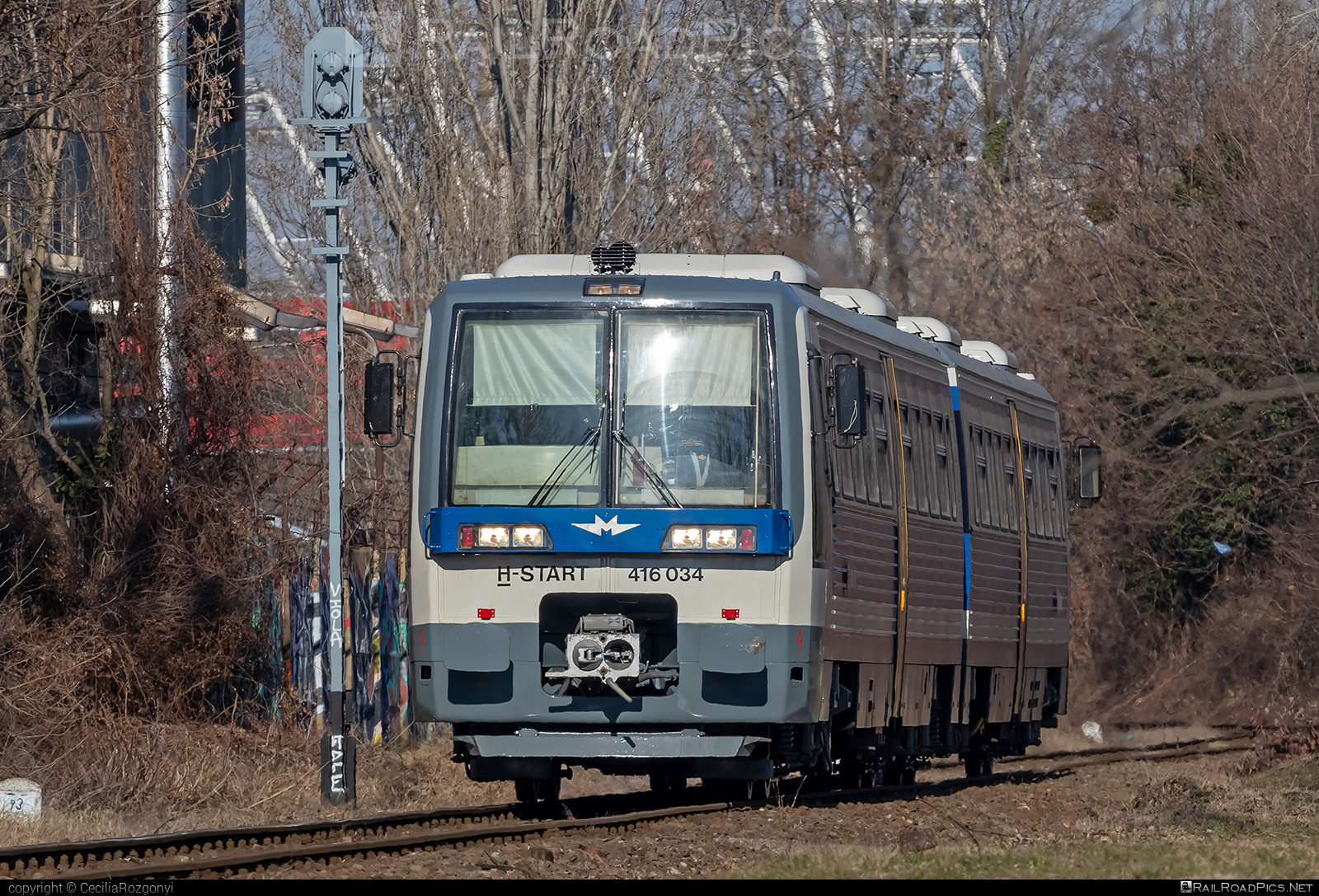 Metrovagonmash RA1 type 731.25 - 416 034 operated by MÁV-START ZRt. #mav #mav6341 #mavstart #mavstartzrt #metrovagonmash #metrovagonmash731 #metrovagonmashra1 #uzsgyi