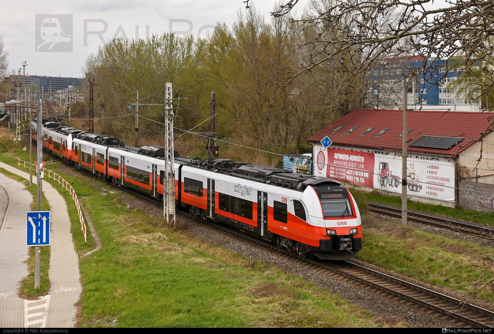 Siemens Desiro ML - 4746 063 operated by Österreichische Bundesbahnen #cityjet #desiro #desiroml #obb #obbcityjet #osterreichischebundesbahnen #siemens #siemensdesiro #siemensdesiroml