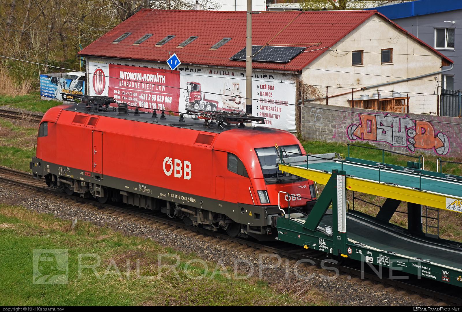 Siemens ES 64 U2 - 1116 136 operated by Rail Cargo Austria AG #carcarrierwagon #es64 #es64u #es64u2 #eurosprinter #obb #osterreichischebundesbahnen #rcw #siemens #siemenses64 #siemenses64u #siemenses64u2 #siemenstaurus #taurus #tauruslocomotive