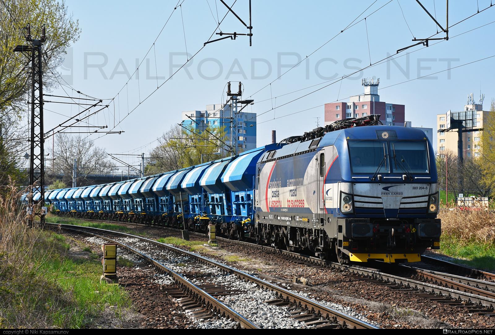 Siemens Vectron MS - 383 204-5 operated by Železničná Spoločnost' Cargo Slovakia a.s. #RollingStockLease #RollingStockLeaseSro #ZeleznicnaSpolocnostCargoSlovakia #duslo #hopperwagon #raill #siemens #siemensvectron #siemensvectronms #vectron #vectronms #zsskcargo
