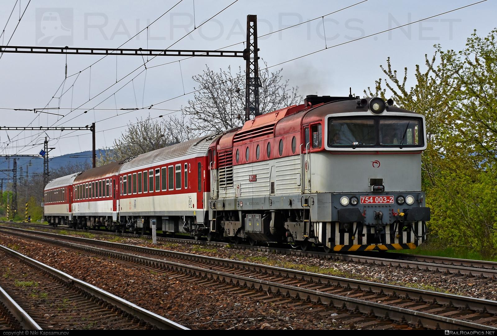 ČKD T 478.4 (754) - 754 003-2 operated by Železničná Spoločnost' Slovensko, a.s. #ZeleznicnaSpolocnostSlovensko #brejlovec #ckd #ckd4784 #ckd754 #ckdt4784 #lokomotiva754 #okuliarnik #zssk