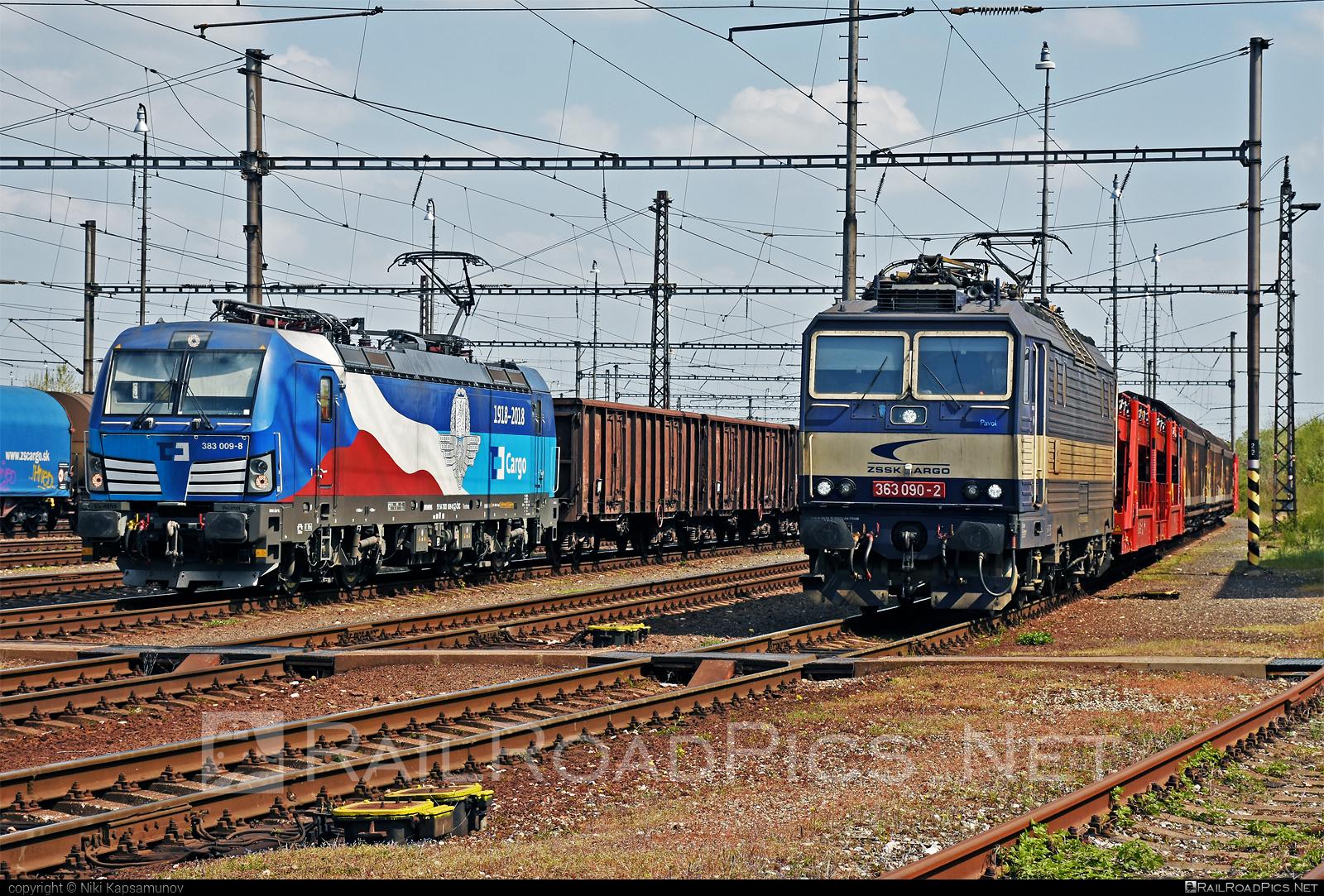 Škoda 69E - 363 090-2 operated by Železničná Spoločnost' Cargo Slovakia a.s. #ZeleznicnaSpolocnostCargoSlovakia #es4991 #eso #locomotive363 #skoda #skoda69e #zsskcargo