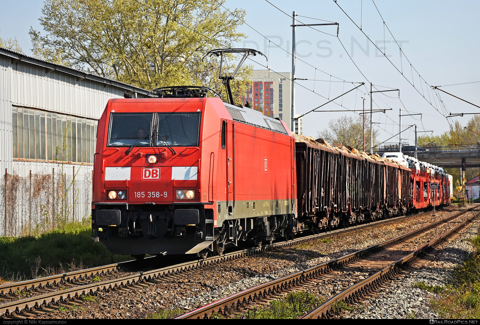 Bombardier TRAXX F140 AC2 - 185 358-9 operated by DB Cargo AG #bombardier #bombardiertraxx #db #dbcargo #dbcargoag #deutschebahn #traxx #traxxf140 #traxxf140ac #traxxf140ac2