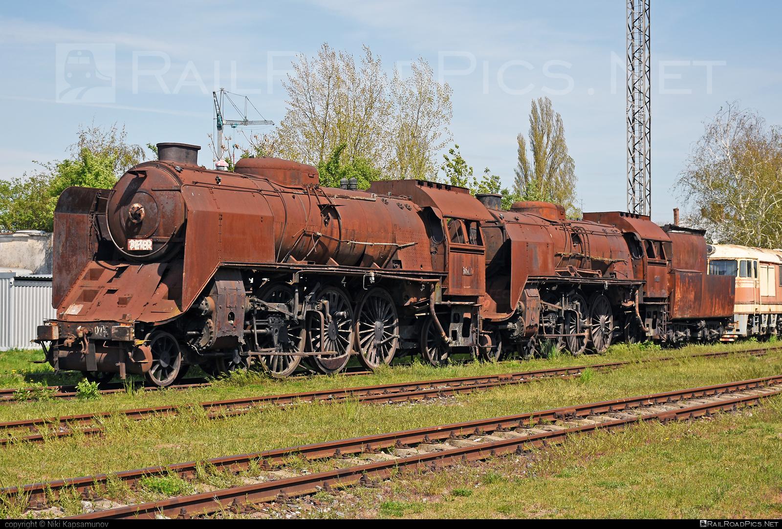 Škoda 10Lo3 - 387.017 operated by Železnice Slovenskej Republiky #csdclass387 #mikado #skoda #skoda10lo #skoda10lo3 #zelezniceslovenskejrepubliky #zsr