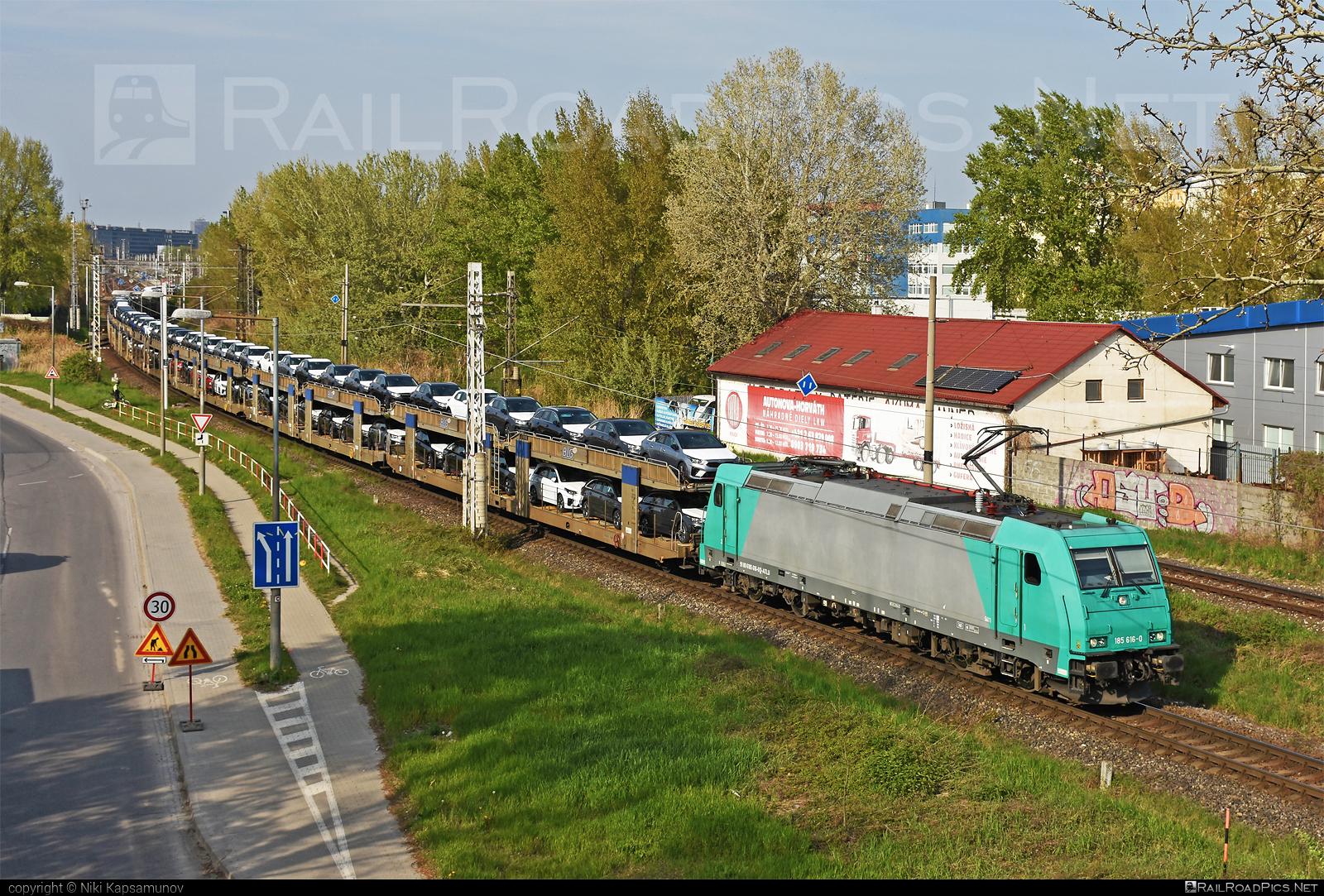 Bombardier TRAXX F140 AC2 - 185 616-0 operated by ecco-rail GmbH #alphatrainsluxembourg #blg #bombardier #bombardiertraxx #carcarrierwagon #eccorail #eccorailgmbh #traxx #traxxf140 #traxxf140ac #traxxf140ac2