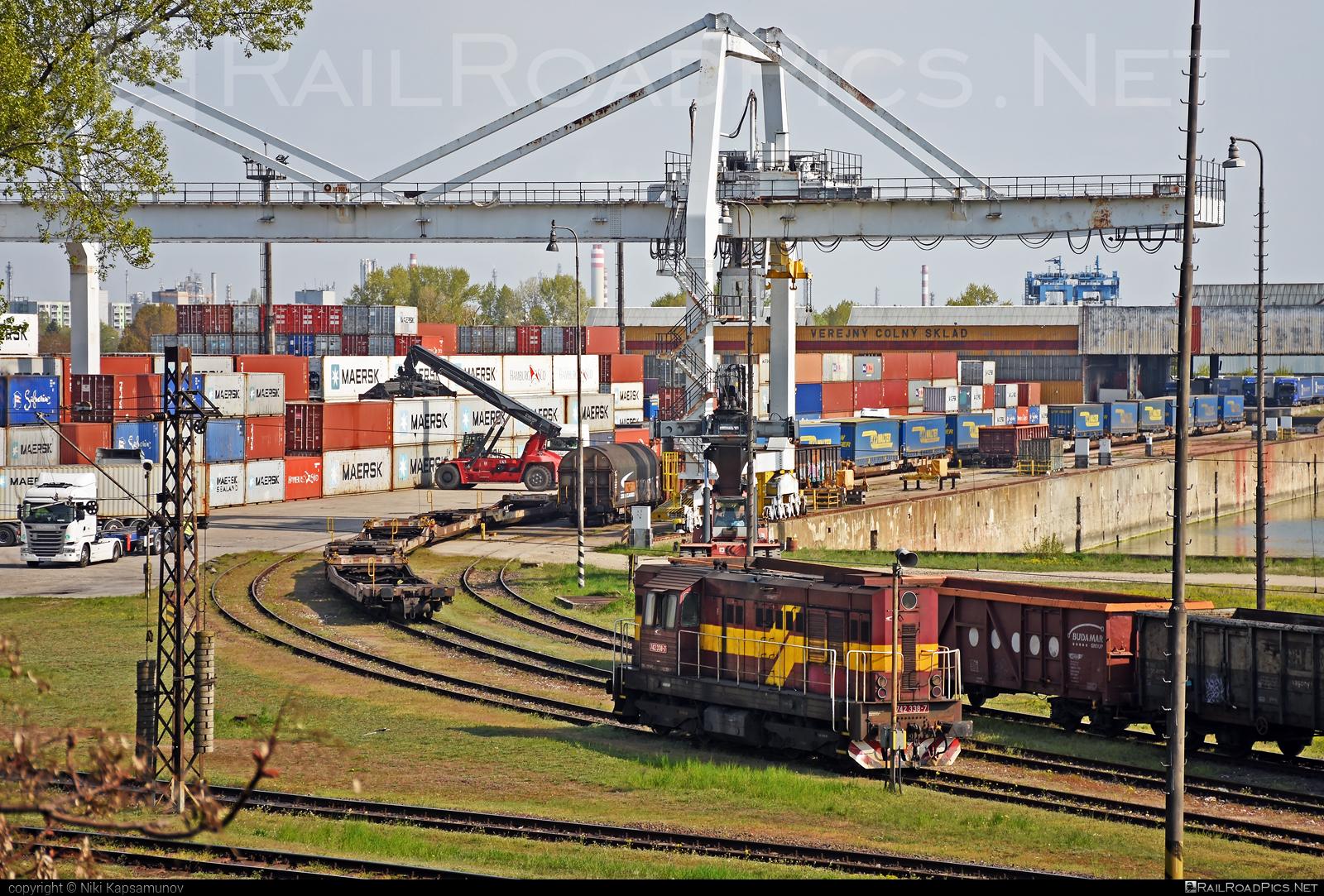 ČKD T 466.2 (742) - 742 338-7 operated by Železničná Spoločnost' Cargo Slovakia a.s. #ZeleznicnaSpolocnostCargoSlovakia #ckd #ckd4662 #ckd742 #ckdt4662 #kocur #zsskcargo