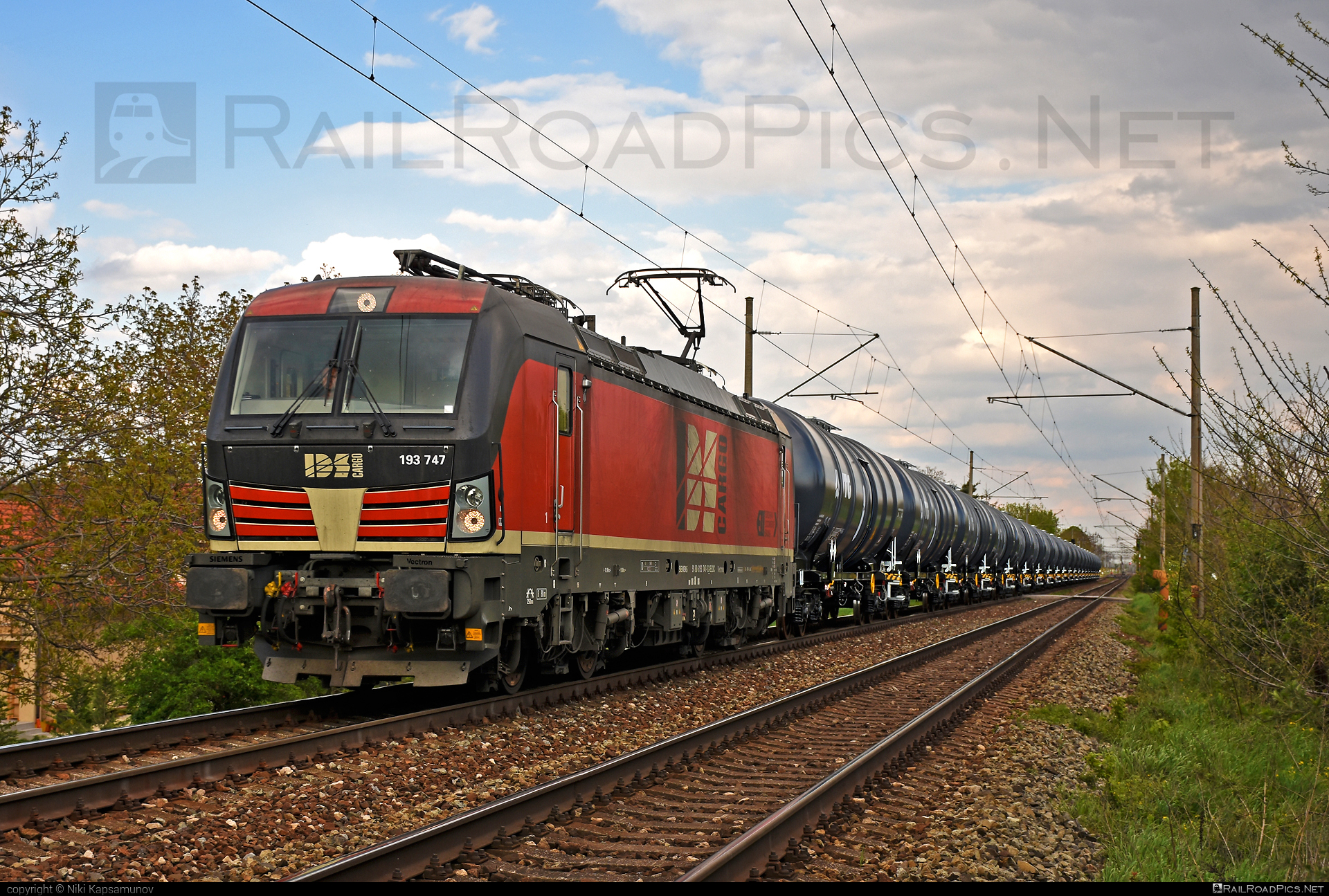 Siemens Vectron MS - 193 747 operated by IDS CARGO a. s. #ell #ellgermany #eloc #europeanlocomotiveleasing #idsc #idscargo #kesselwagen #siemens #siemensvectron #siemensvectronms #tankwagon #vectron #vectronms