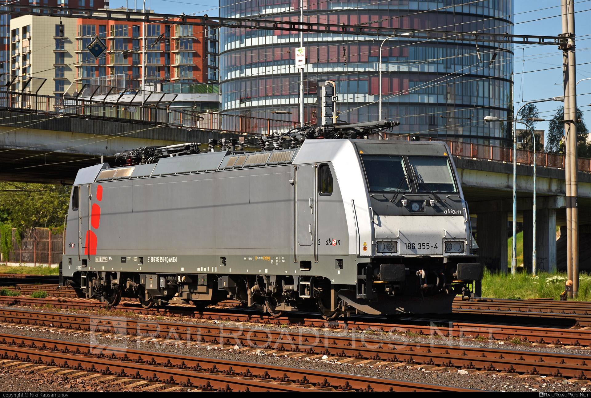 Bombardier TRAXX F140 MS - 186 355-4 operated by LTE Logistik und Transport GmbH #akiem #akiemsas #bombardier #bombardiertraxx #lte #ltelogistikundtransport #ltelogistikundtransportgmbh #traxx #traxxf140 #traxxf140ms