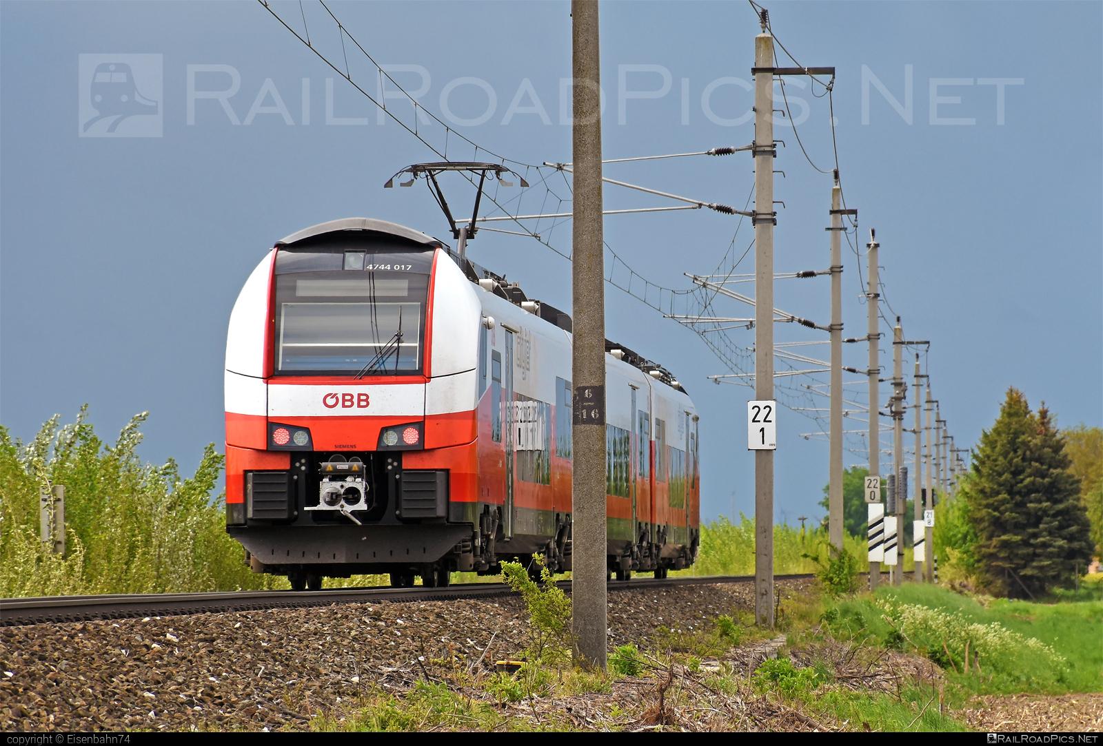 Siemens Desiro ML - 4744 017 operated by Österreichische Bundesbahnen #cityjet #desiro #desiroml #obb #obbcityjet #osterreichischebundesbahnen #siemens #siemensdesiro #siemensdesiroml