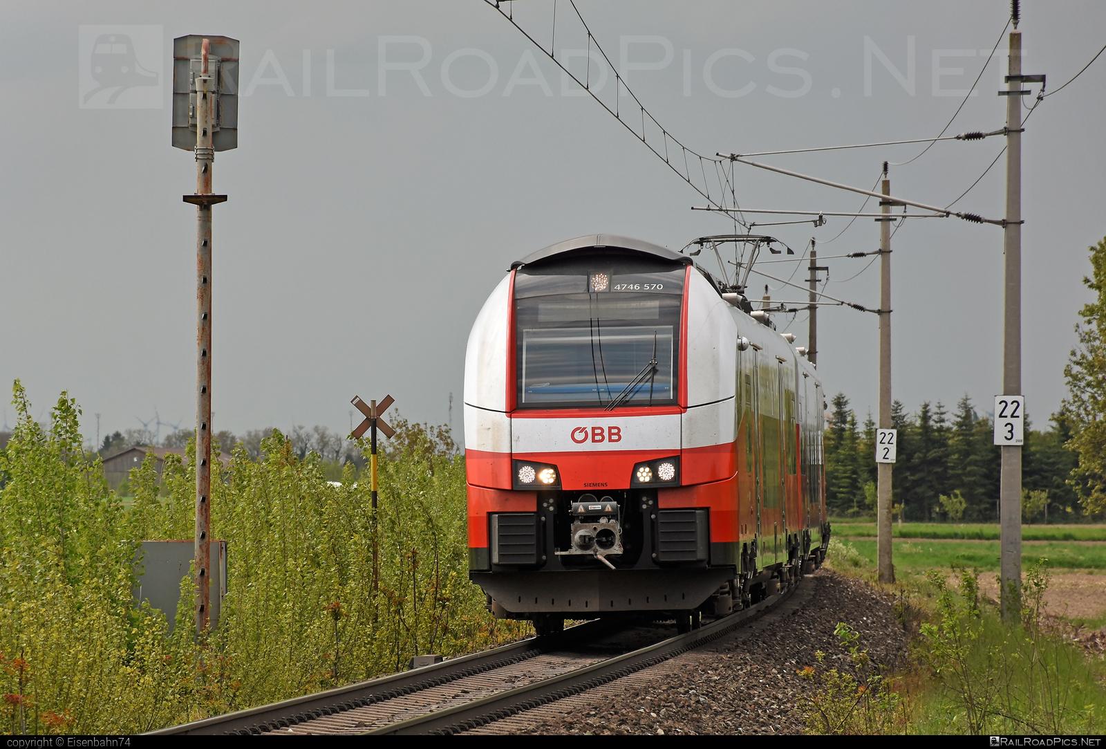 Siemens Desiro ML - 4746 570 operated by Österreichische Bundesbahnen #cityjet #desiro #desiroml #obb #obbcityjet #osterreichischebundesbahnen #siemens #siemensdesiro #siemensdesiroml