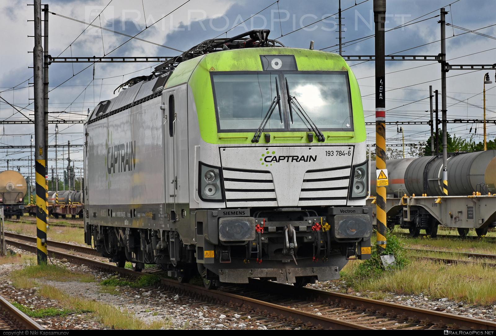 Siemens Vectron MS - 193 784-6 operated by LOKORAIL, a.s. #captrain #itl #itlEisenbahngesellschaft #lokorail #lrl #siemens #siemensvectron #siemensvectronms #vectron #vectronms