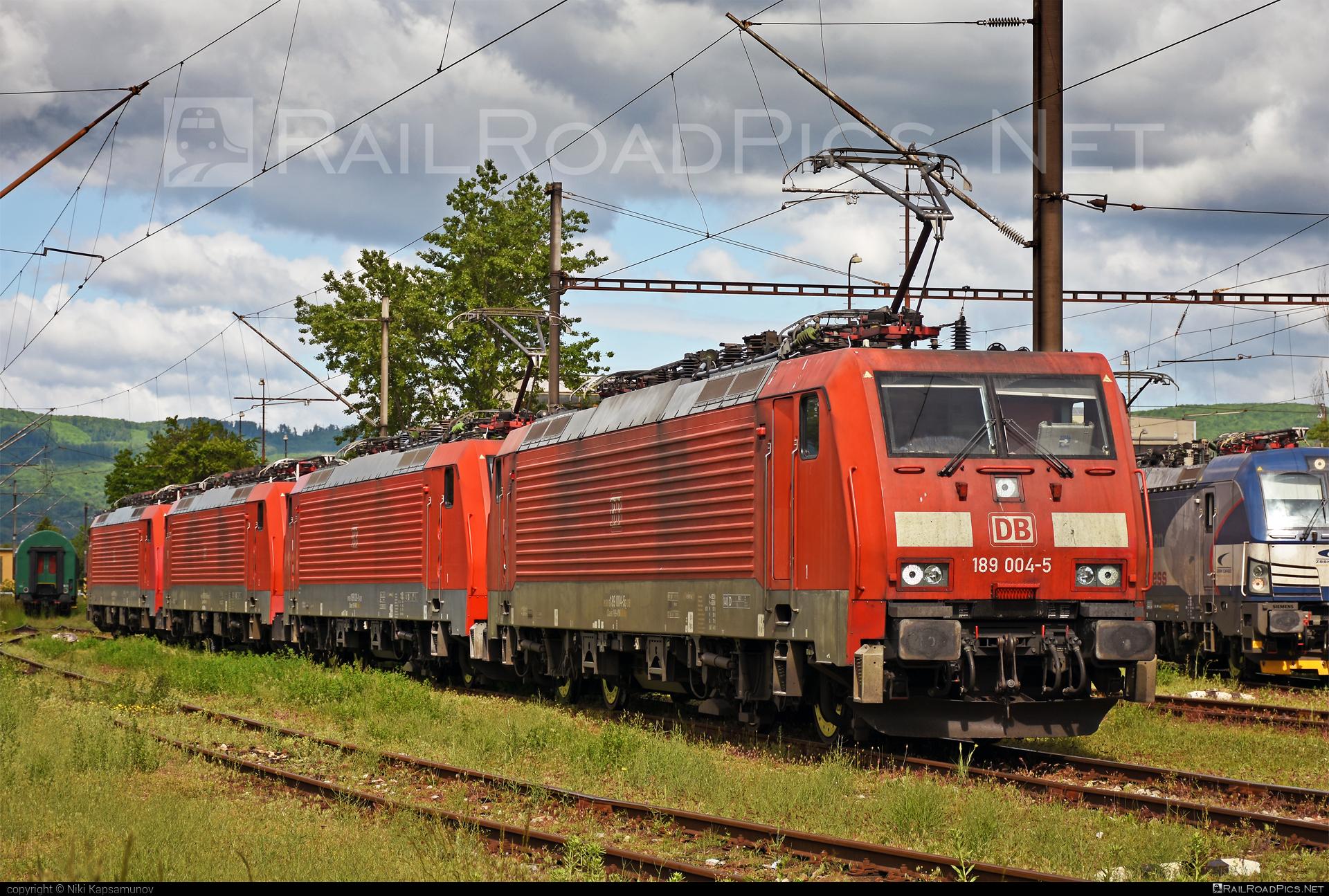 Siemens ES 64 F4 - 189 004-5 operated by DB Cargo AG #db #dbcargo #dbcargoag #deutschebahn #es64 #es64f4 #eurosprinter #siemens #siemenses64 #siemenses64f4