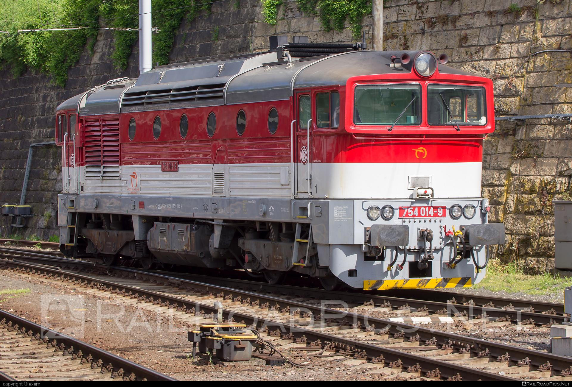 ČKD T 478.4 (754) - 754 014-9 operated by Železničná Spoločnost' Slovensko, a.s. #ZeleznicnaSpolocnostSlovensko #brejlovec #ckd #ckd4784 #ckd754 #ckdt4784 #lokomotiva754 #okuliarnik #zssk